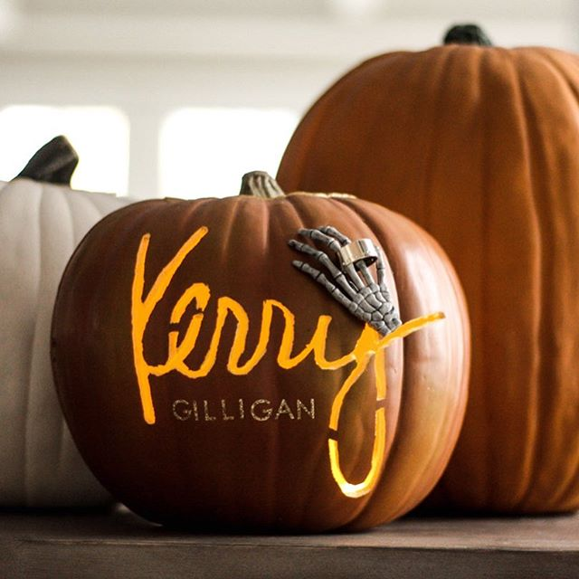 No trickin'. Straight treatin'. #halloween