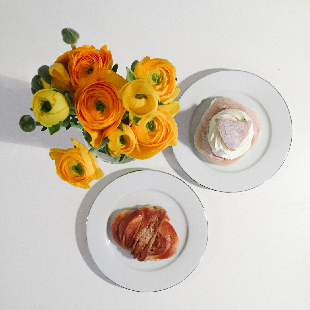 Cadamombulle (cardamom cinnamon bun) & Semla (sweet roll)