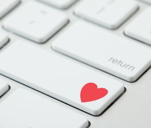 5 Love Lessons I Learned While Catching Online Scammers || RedbookMag.com.  Read here >>