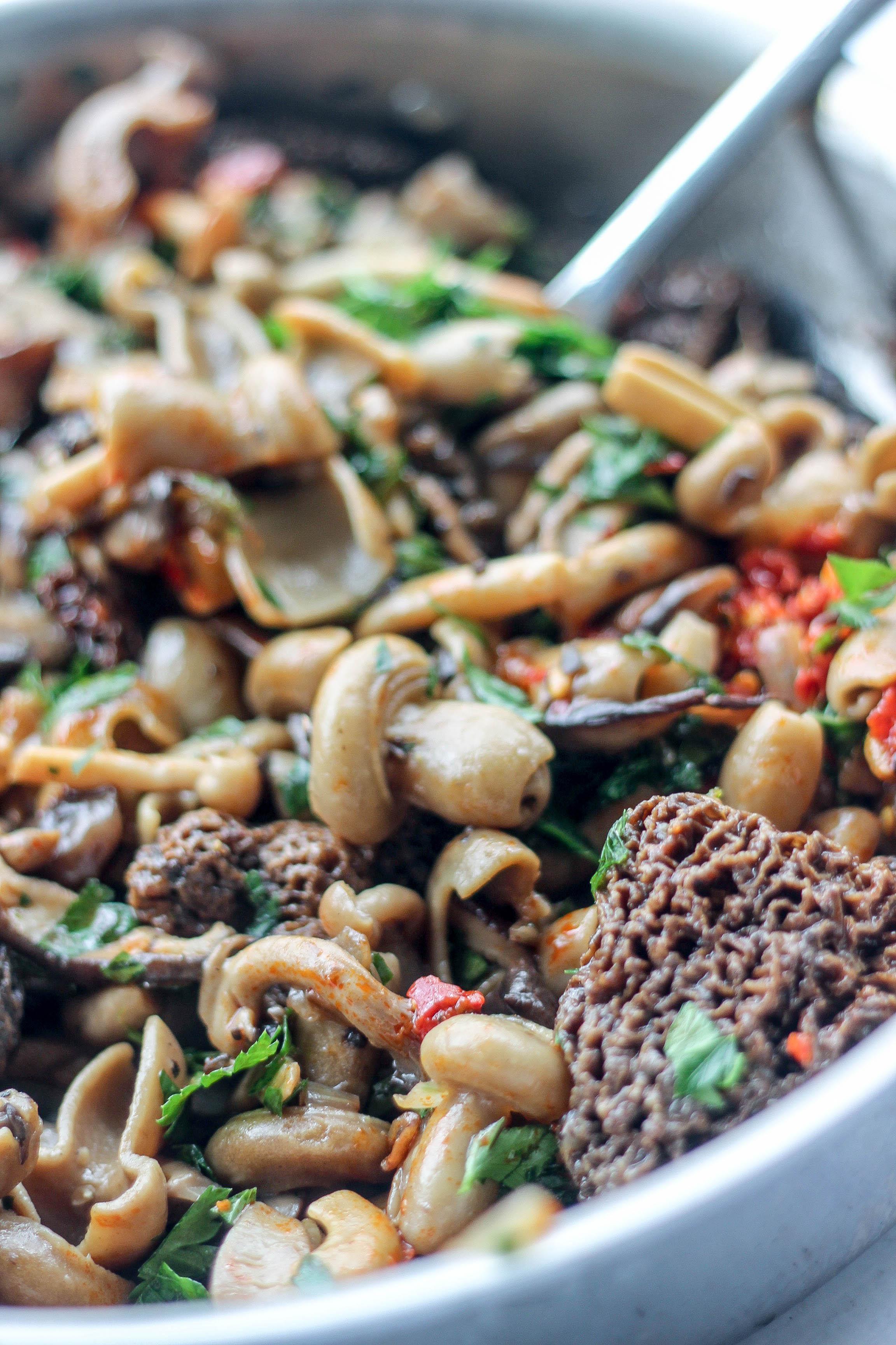 Mushroom Pasta-12.jpg