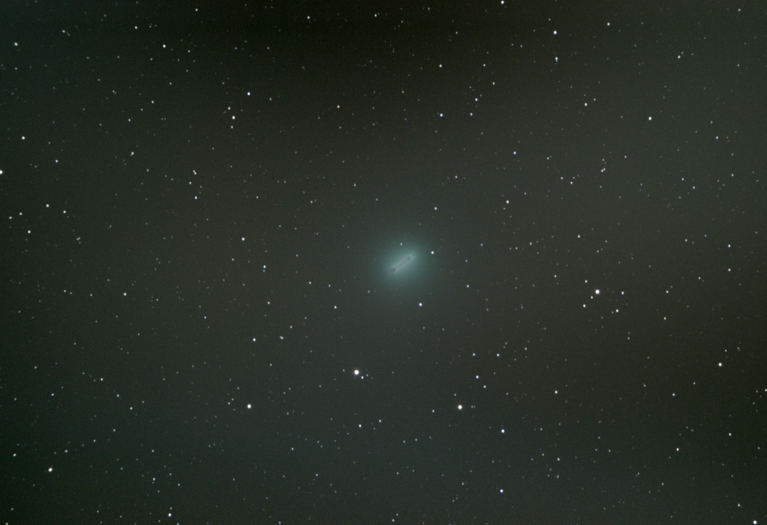 Comet C/2014 Q2 Lovejoy moving against background stars over 60 minutes.
