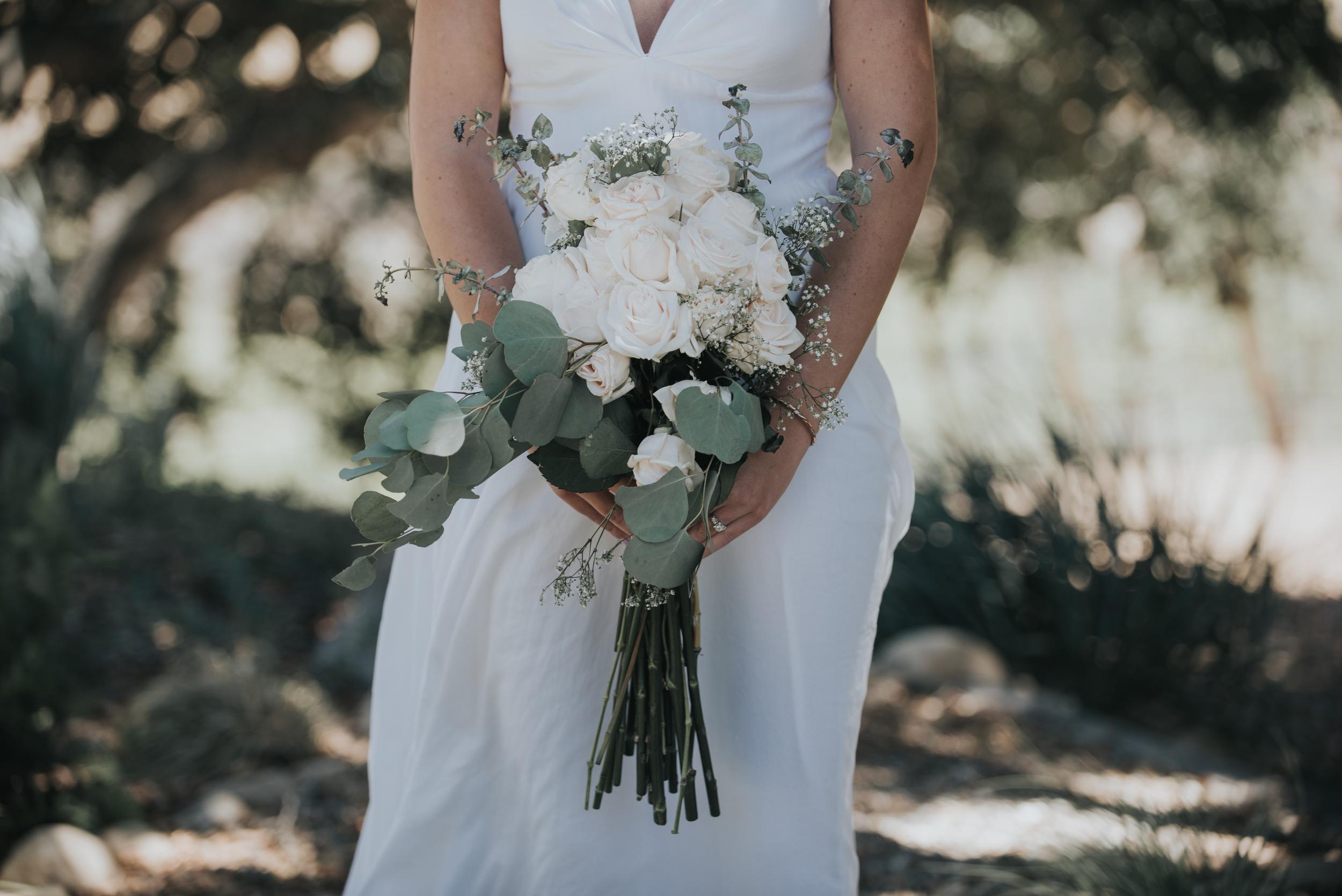 A gorgeous bohemian bouquet for the Bride.
