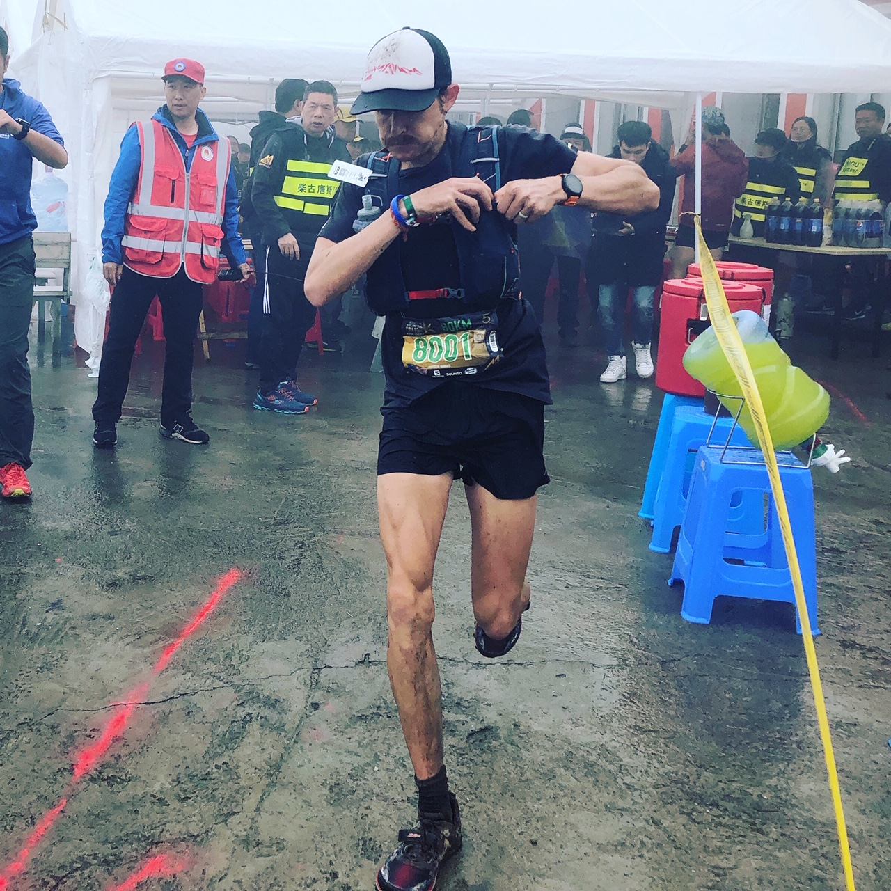 US trail star Hayden Hawks truly lived up to his international elite status and won the 80K