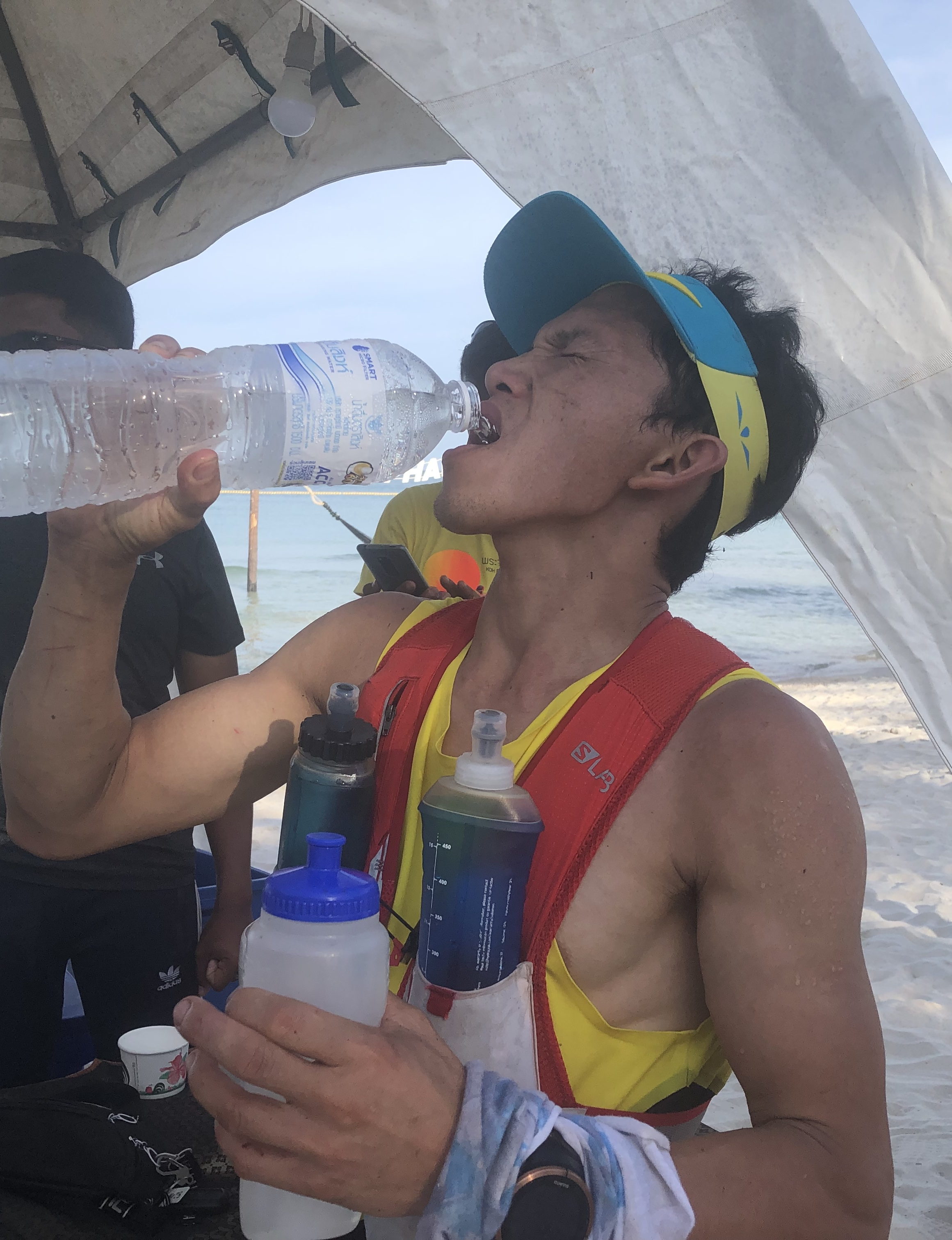 One could not drink enough during the very hot race, but salt tables were just as necessary!