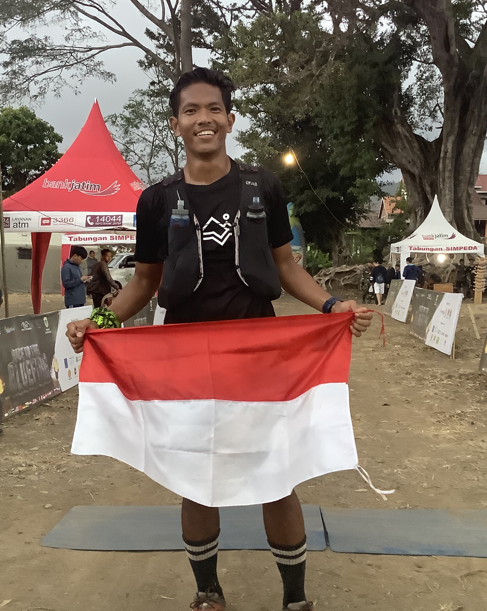 Rachmat Septiyanto is a welcome new face in high level Indonesian trail running. Coming from Solo.