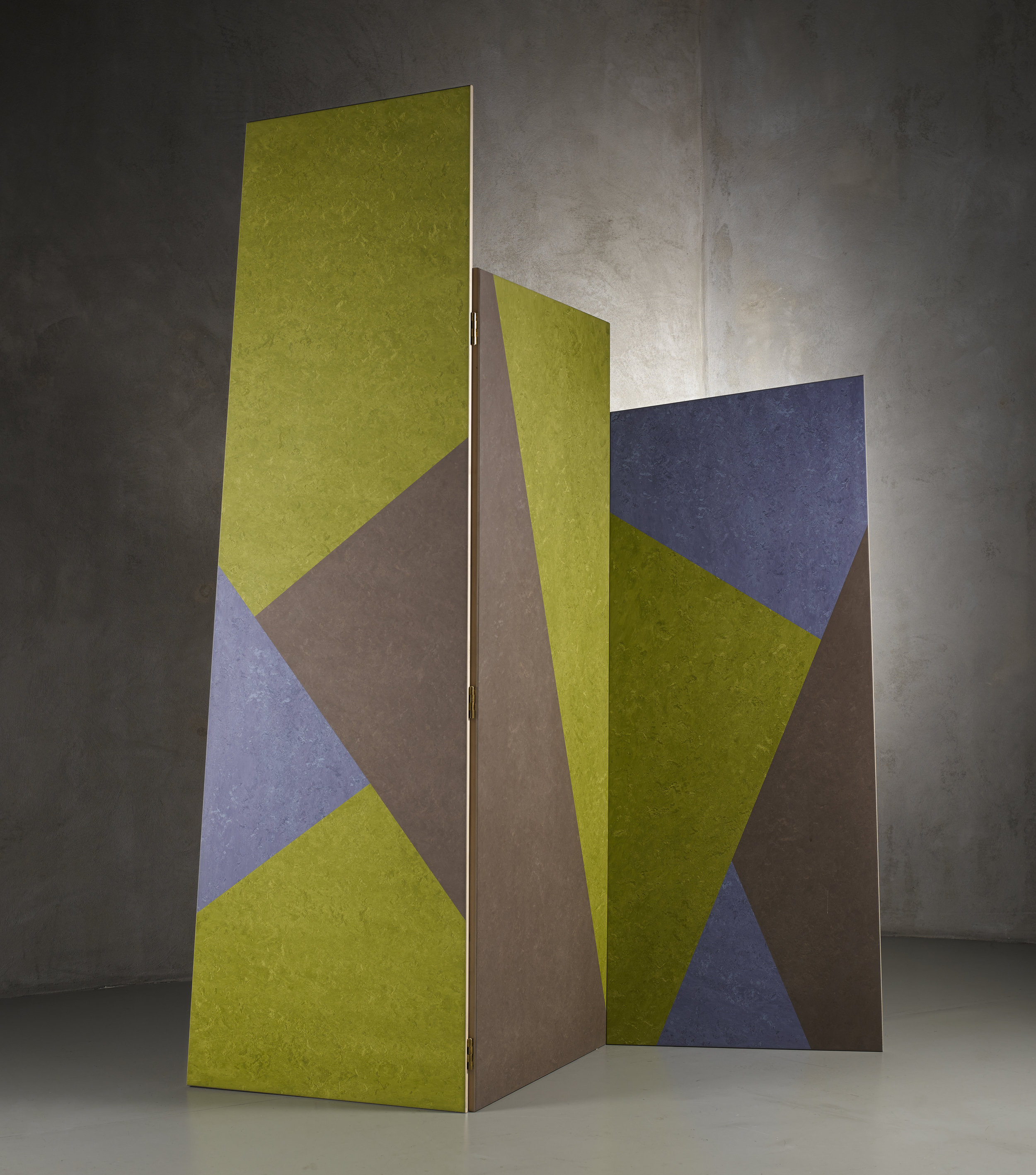 Pair of Paraventissimo 01 e 02 screens, UK, 2014, on display at Nilufar stand, Design Miam/ Basel 2018  Design: Martino Gamper Plywood, lino heat treated oak, maple; Custom colours and dimension  ⓒ Nilufar Gallery