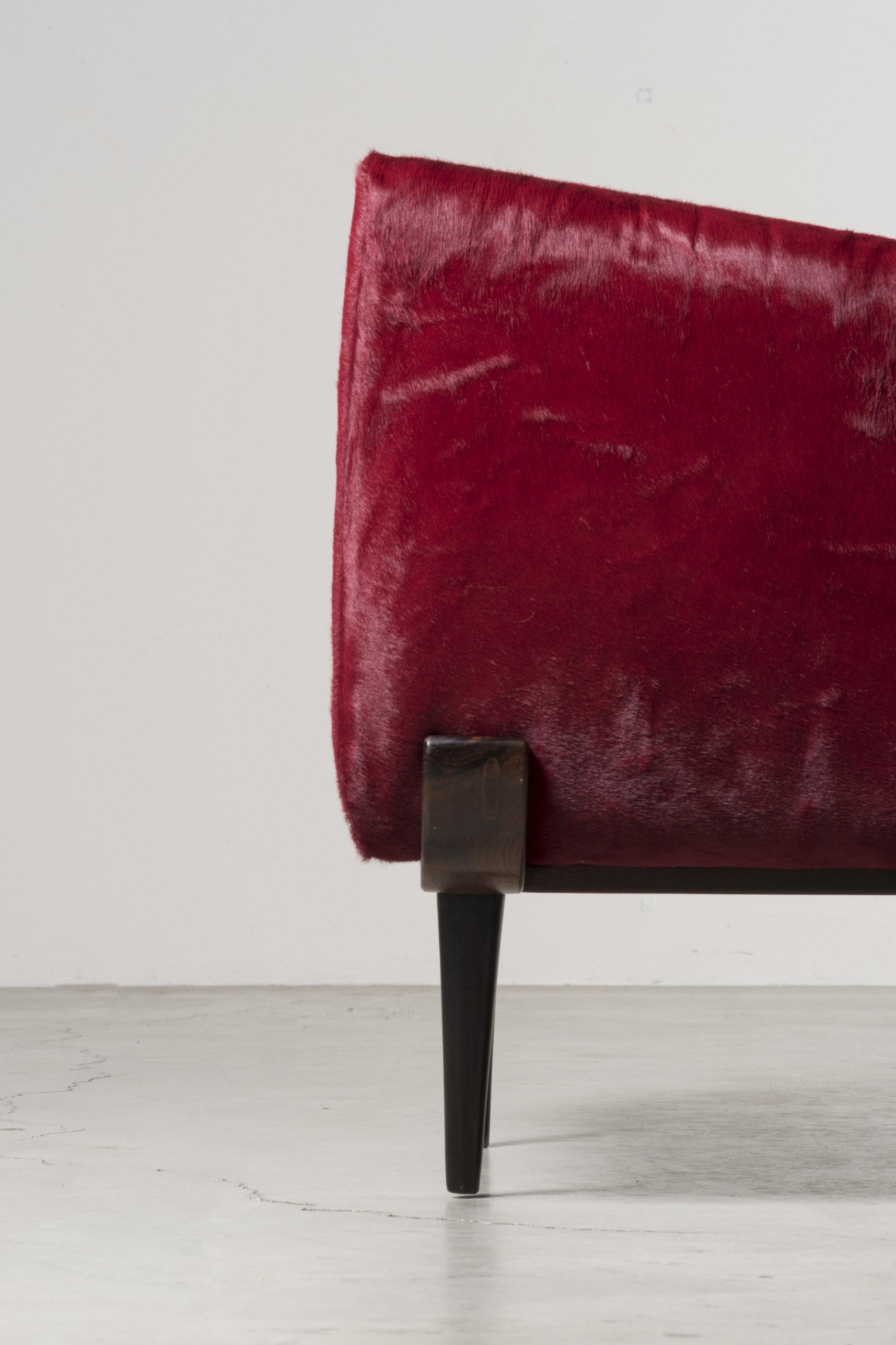 Detail of Armchair 801 by Jorje Zalszupin ⓒNilufar Gallery