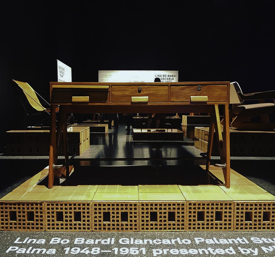 DaL_Desk.jpg