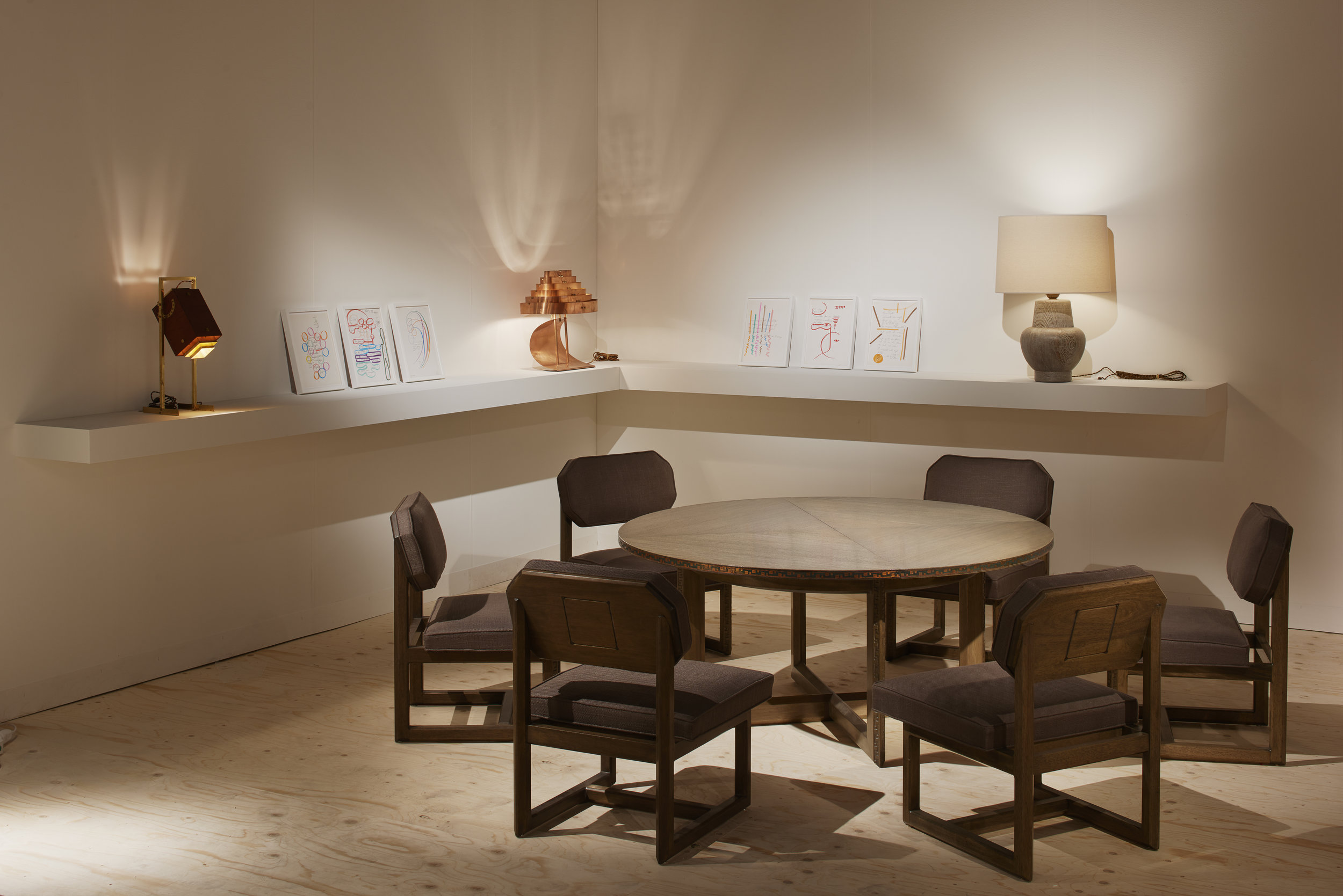 Dining room setting with Frank Lloyd Wright chairs at Galerie Eric Philippe - Design Miami/ Basel ⓒ  James Harris
