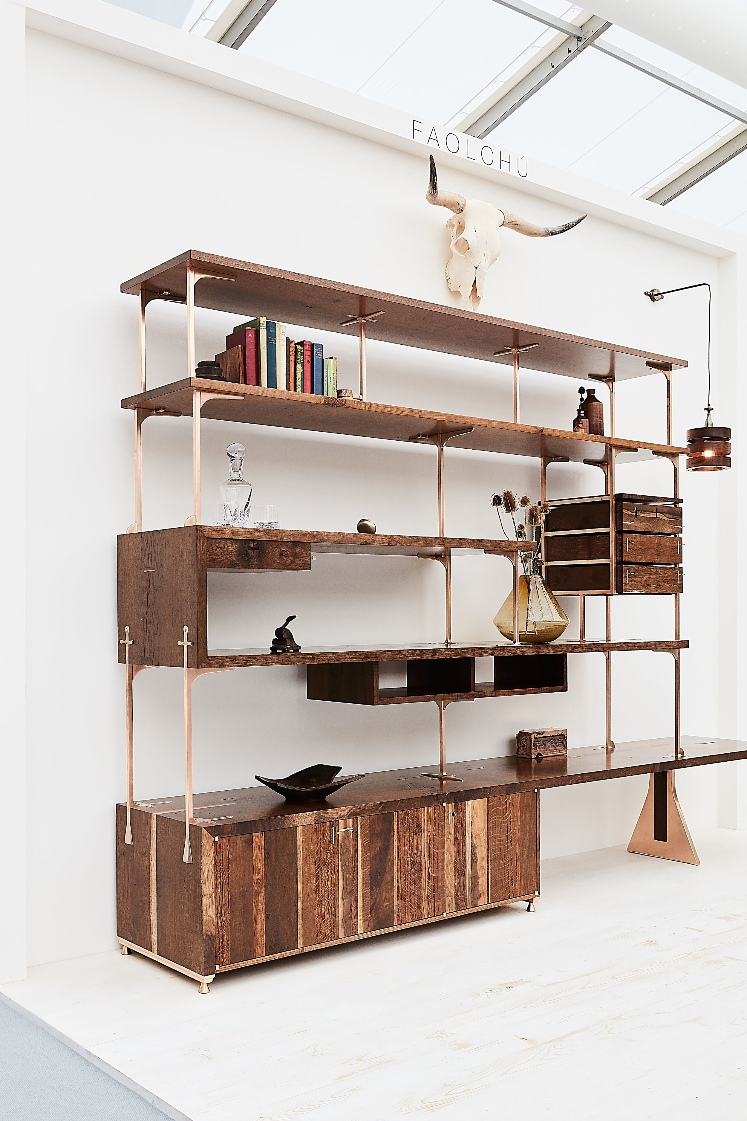 Shelving Unit  in Scottish Oak with solid bronze structure on display at Decorex international 2018 © roozphoto