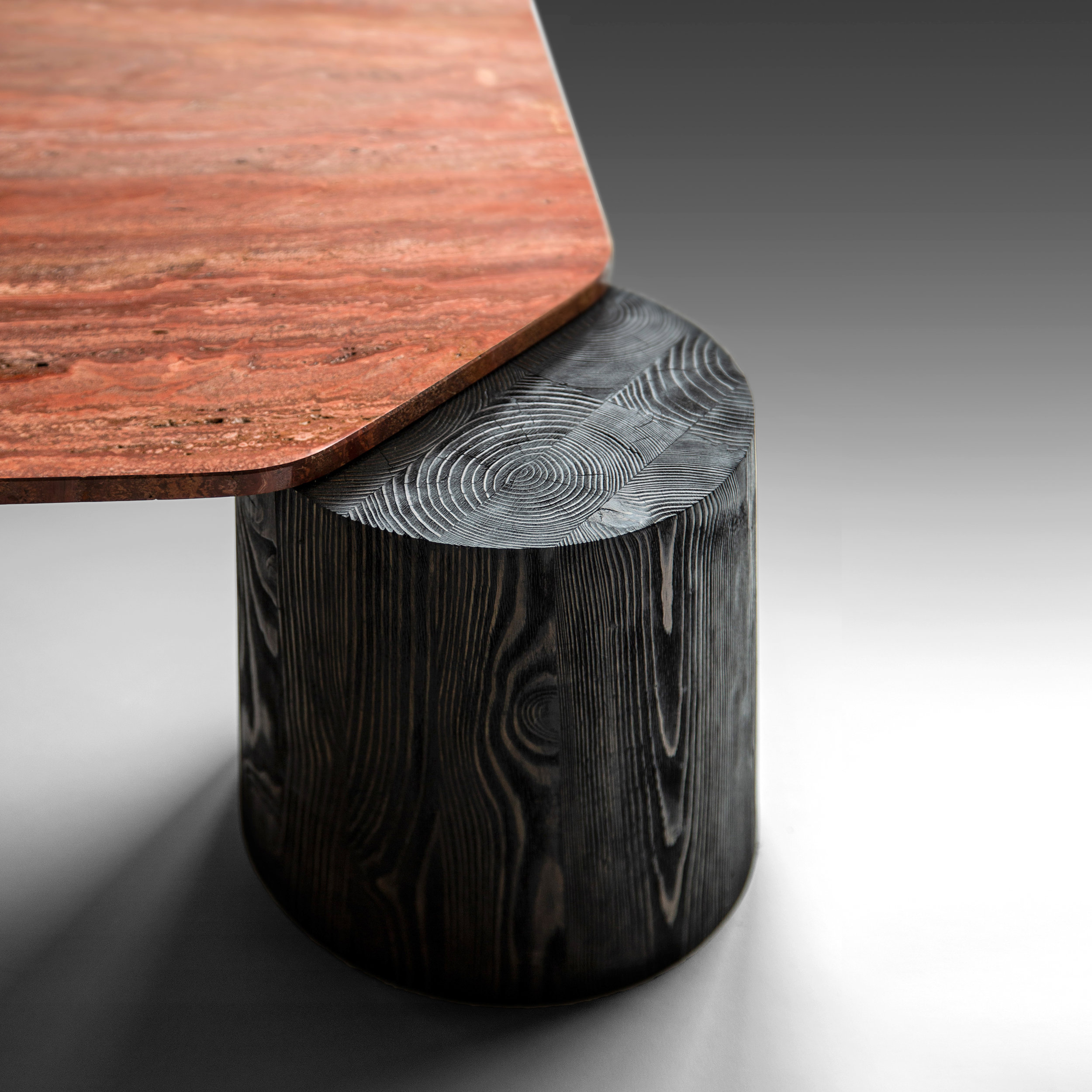 Magnifico coffee table Detail © Niel Vosloo
