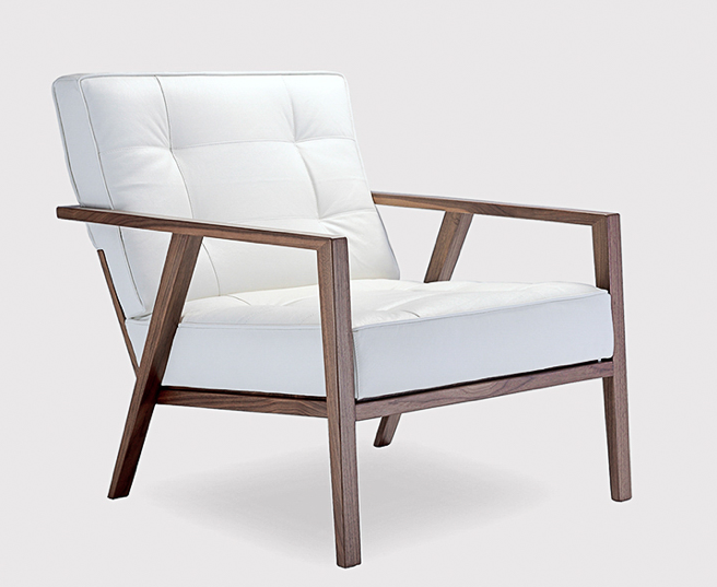 STM full arm with walnut frame and leather upholstery © OKHA