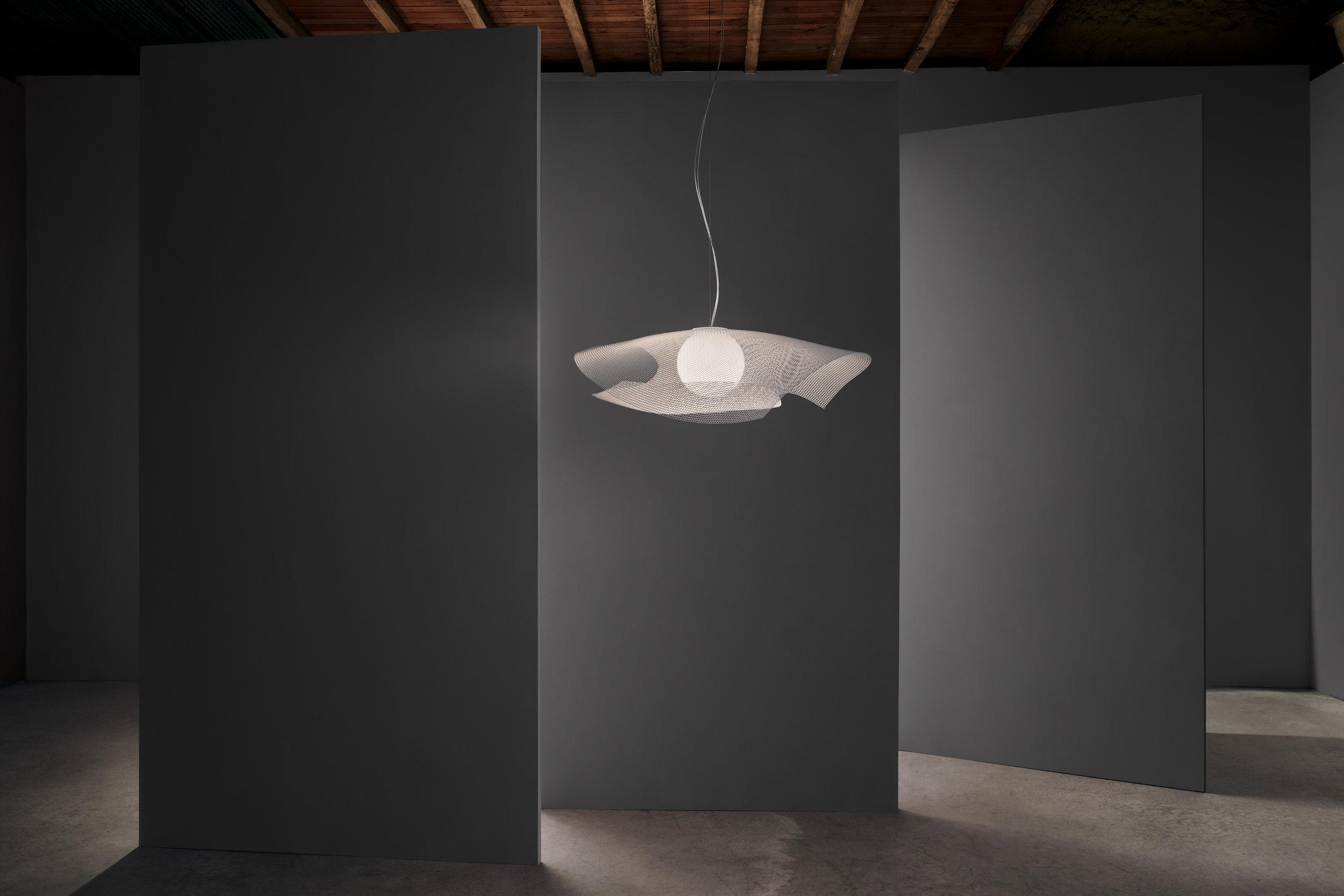 Mytilus  pendant light, stainless steel mesh ⓒ Arturo Álvarez Design: Arturo Álvarez
