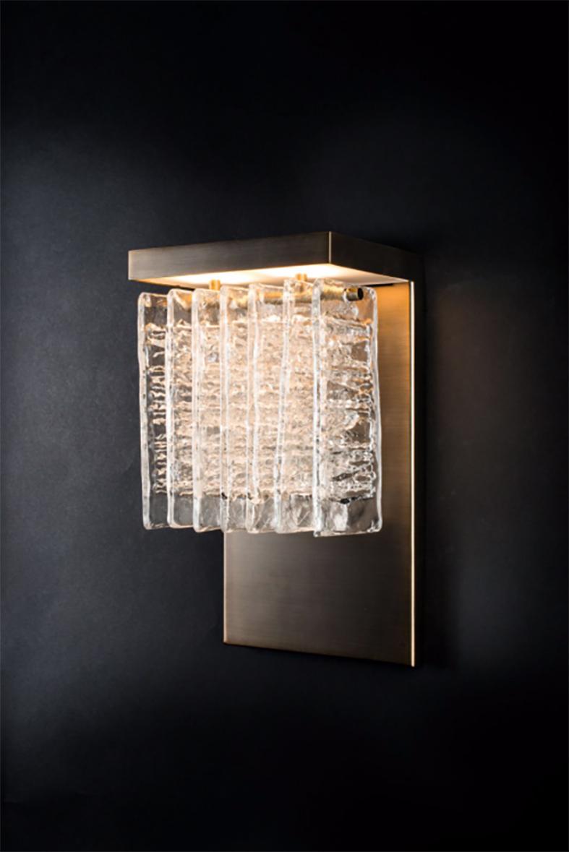 Ice  wall sconce ⓒ Veronese Design: Reda Amalou