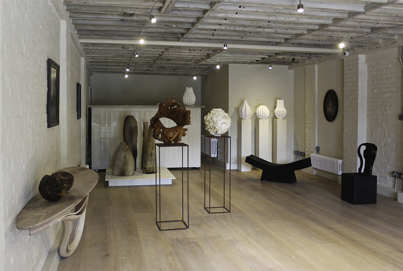 Masterpiece London 2019 collections on display at Sarah Myerscough Gallery in Barnes - London, UK ⓒ Sarah Myerscough Gallery