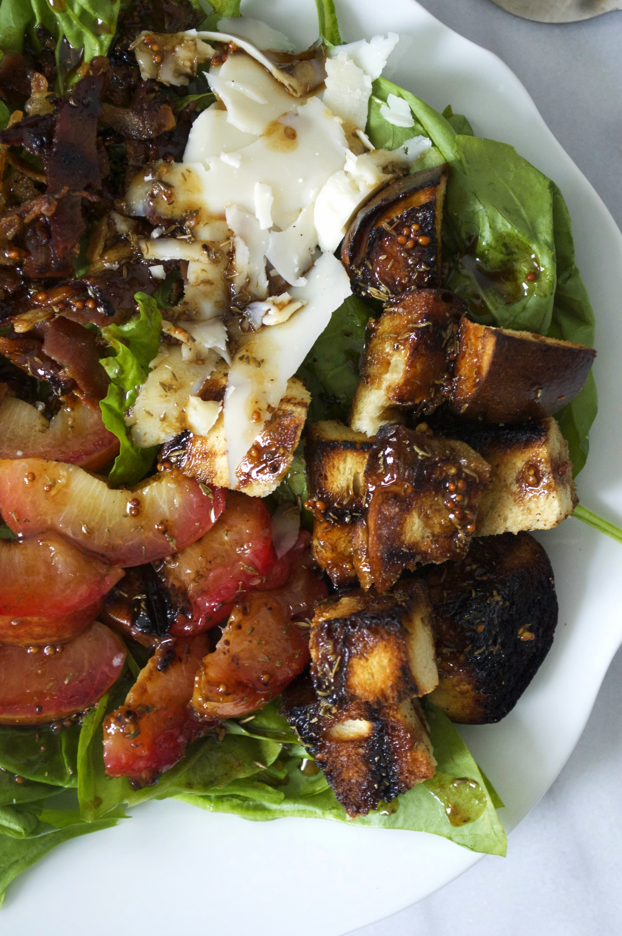 spinach-salad-grilled-plums-challah-croutons-final-closeup-molasses-and-mayhem.jpg