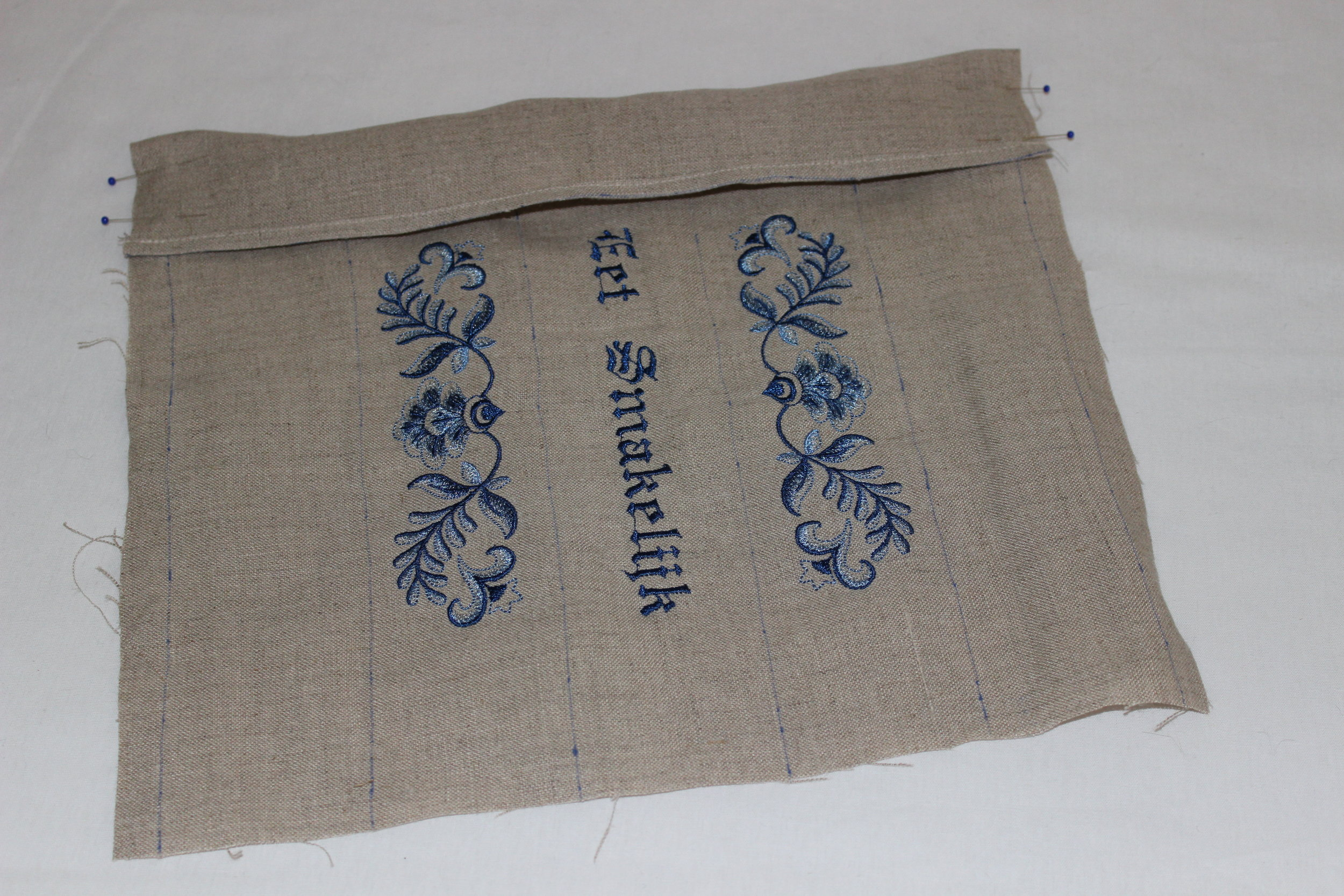 Machine embroidery Design:  Delft Blue Floral Border  ( D7039 )) by  Embroidery Library   Built-in Font on the  Baby Lock Ellisimo Gold