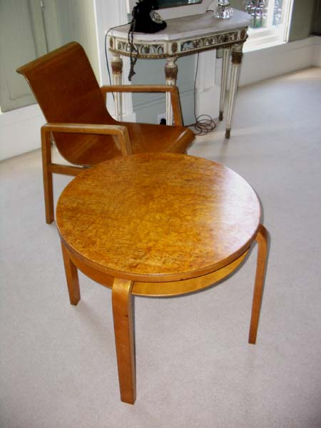 Alvar Aalto Construct chair and table
