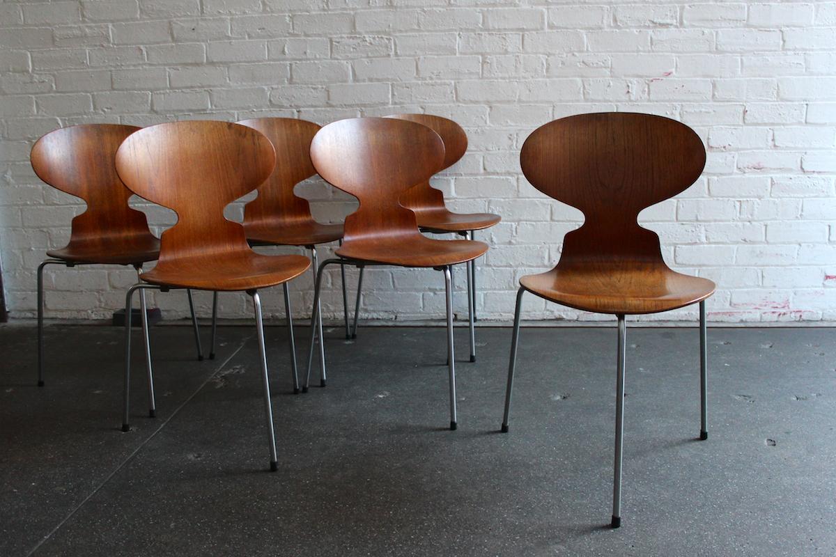Set of six teak Arne Jacobsen 'ant' chairs - Fritz Hansen