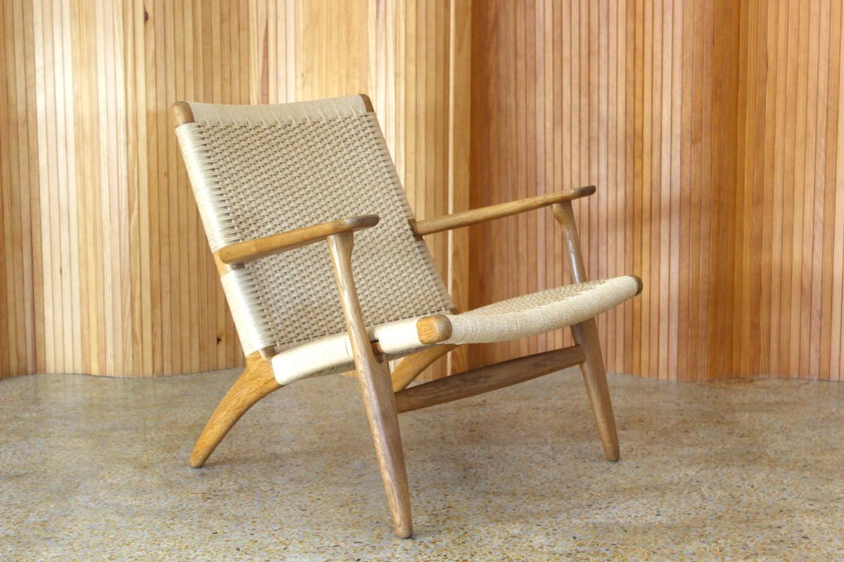 Hans Wegner CH25 lounge chair - Carl Hansen and Son, Odense, Denmark