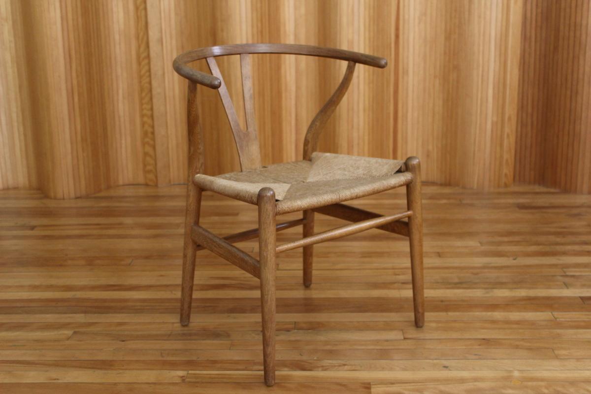 Hans Wegner oak 'wishbone' or 'Y' chair - model CH24 - Carl Hansen & Son, Denmark
