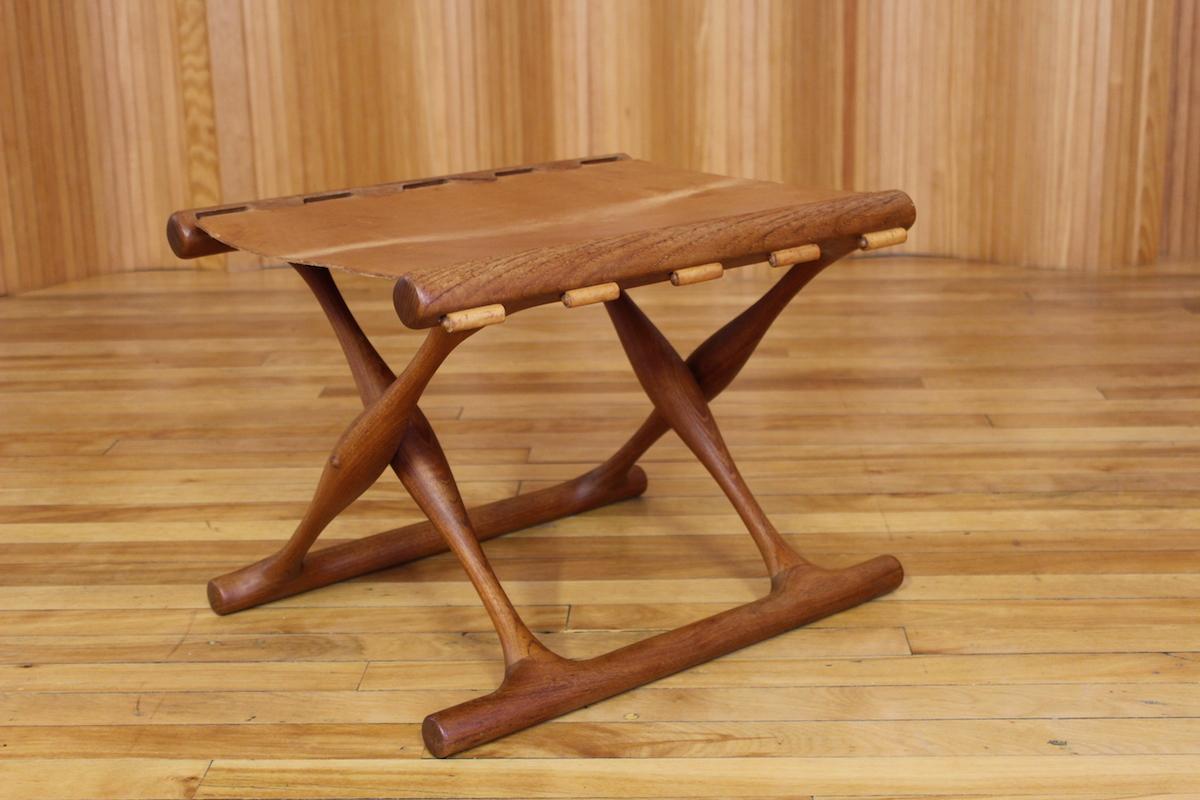 Poul Hundevad 'Guldhoj' teak folding stool