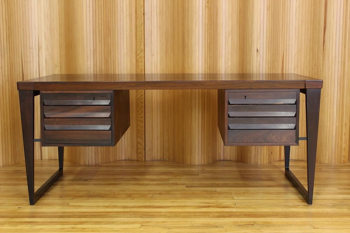Kai Kristiansen rosewood desk - model 70 - manufactured by SB Feldballes Mobelfabrik 1958