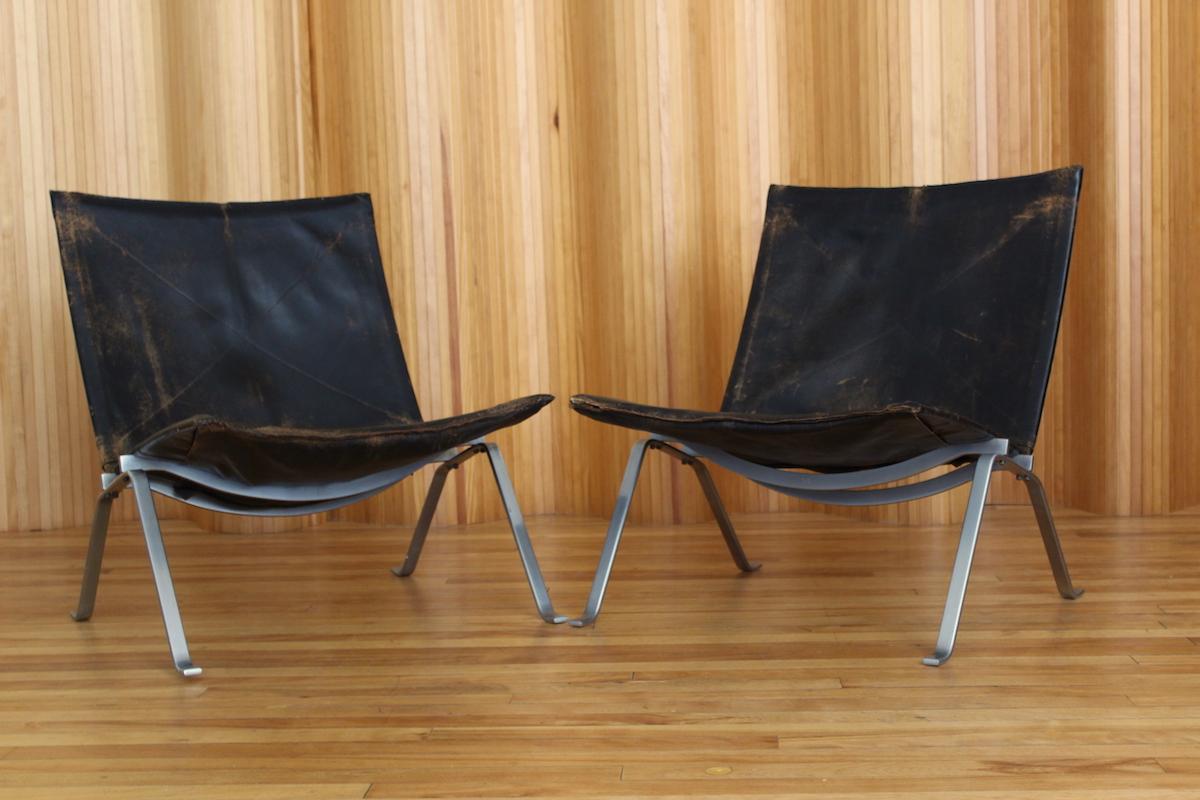 Pair of Poul Kjaerholm PK22 lounge chairs E Kold Christensen
