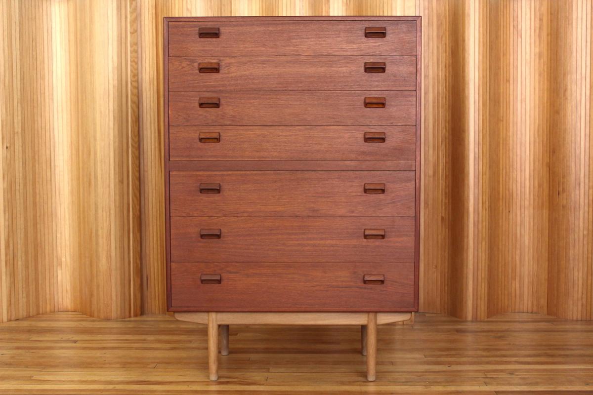 Borge Mogensen teak and oak chest of drawers - Soborg Mobelfabrik Denmark