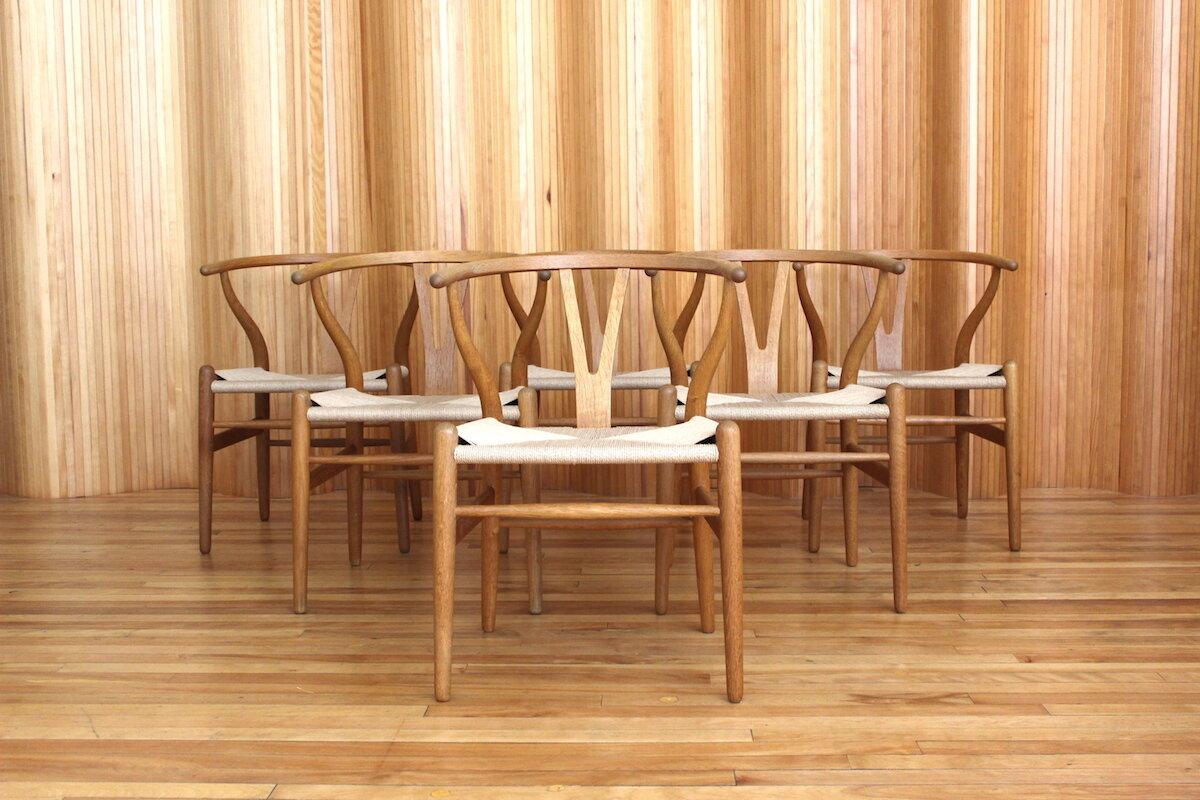 Set of 6 Hans Wegner 'wishbone' chairs, Carl Hansen & Son, Denmark