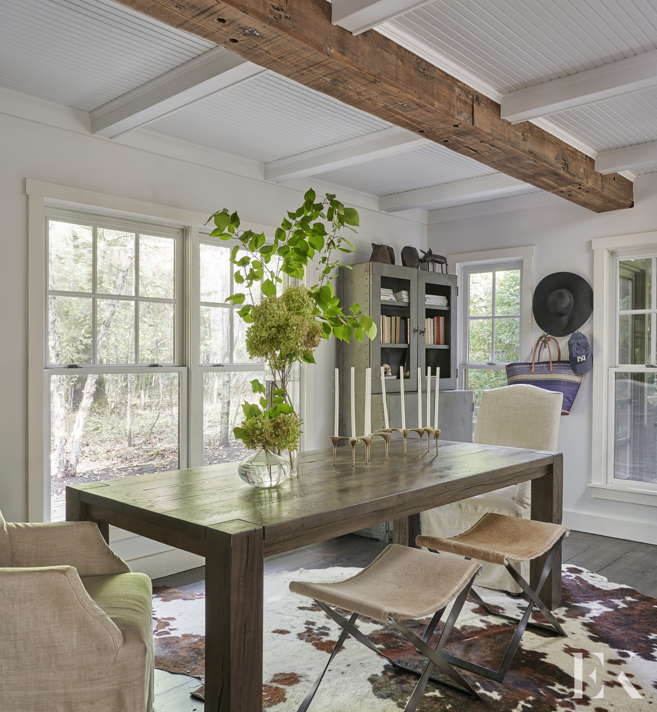 Styled and rustic dining area_Elizabeth Krueger Design.jpg