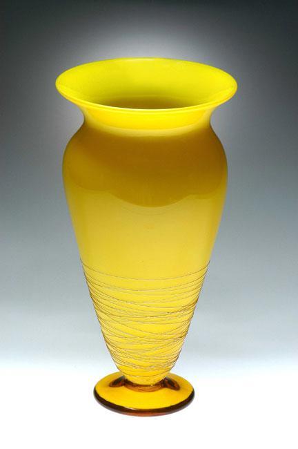 Lemon threaded vase