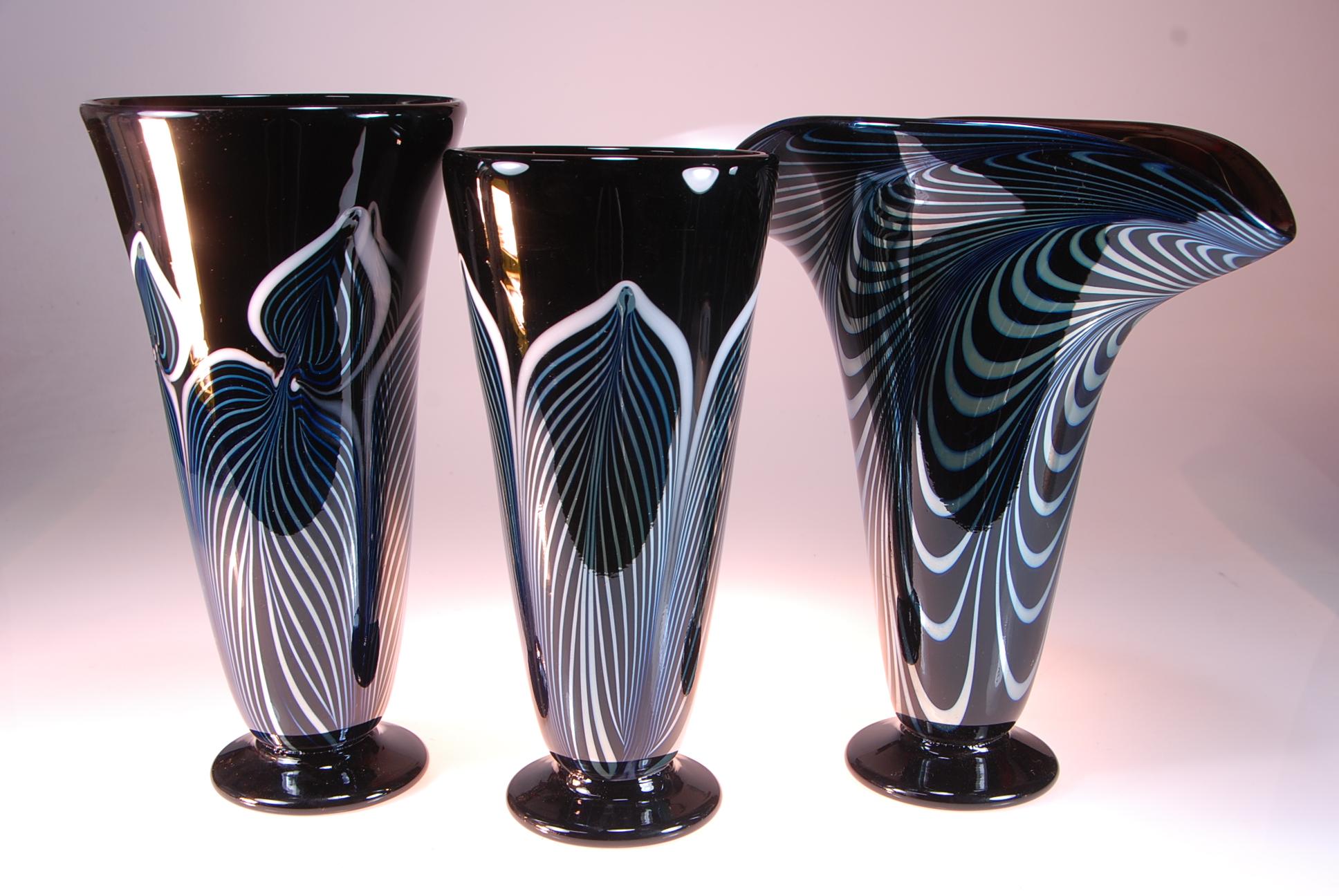 Black Vase group