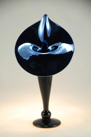 Coal Black Ebony glass Lily. strini art glass.