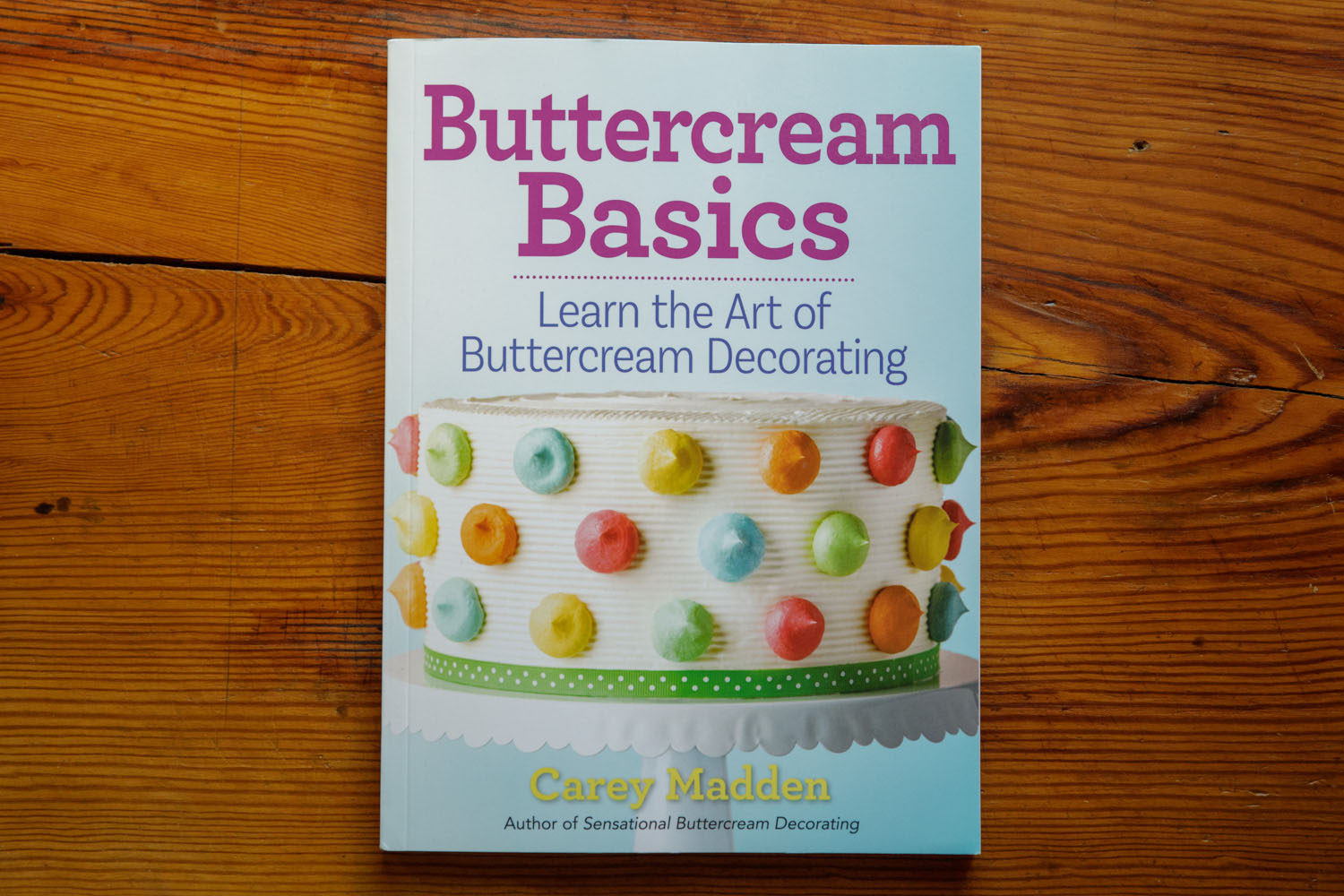 Here it is in all of it's glory, Buttercream Basics! I provided the photography over several weeks of shooting in Philadelphia.