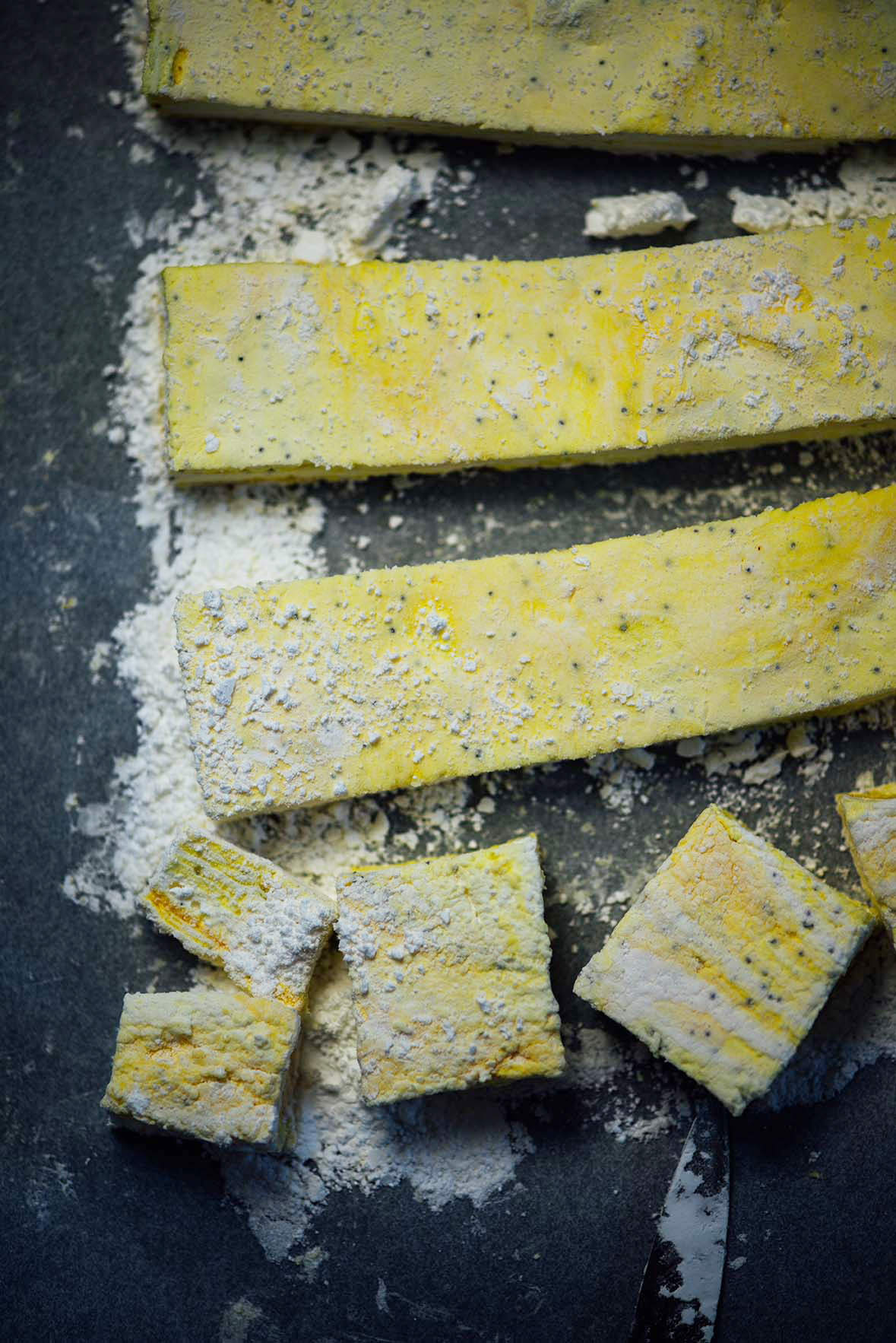 lemon and poppy seed marshmallows | Nik Sharma