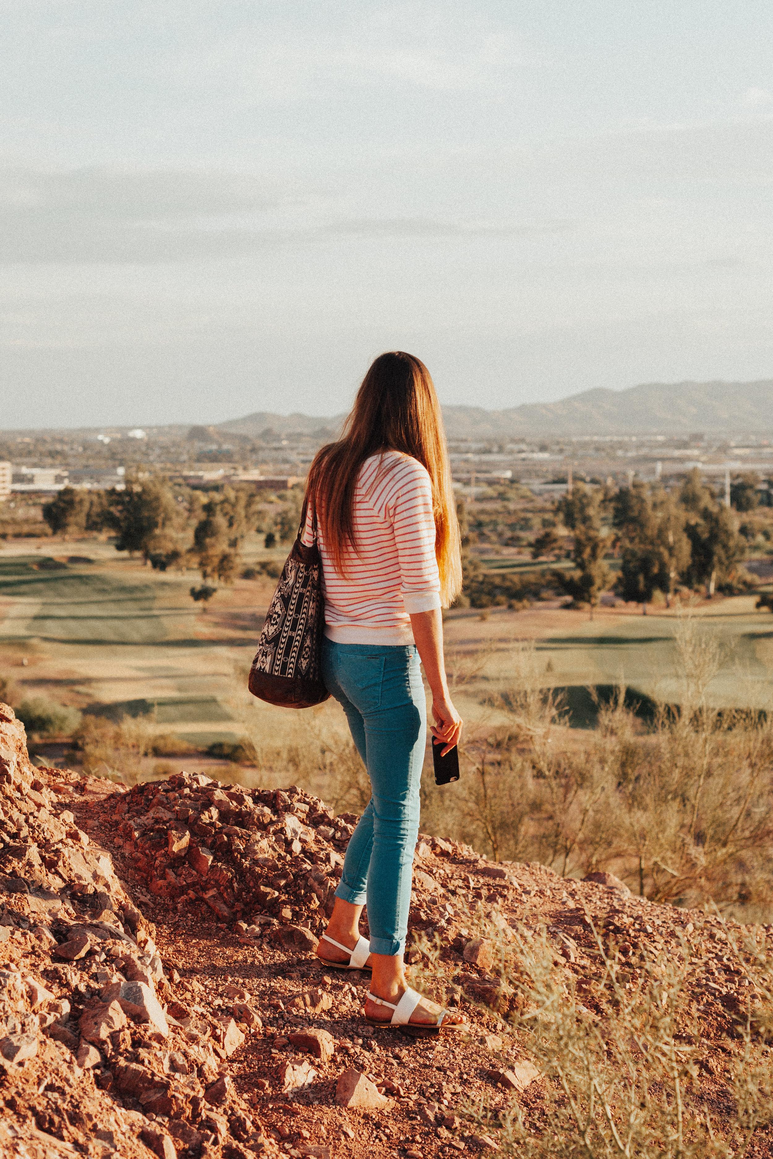 Michelle Desert-22.jpg