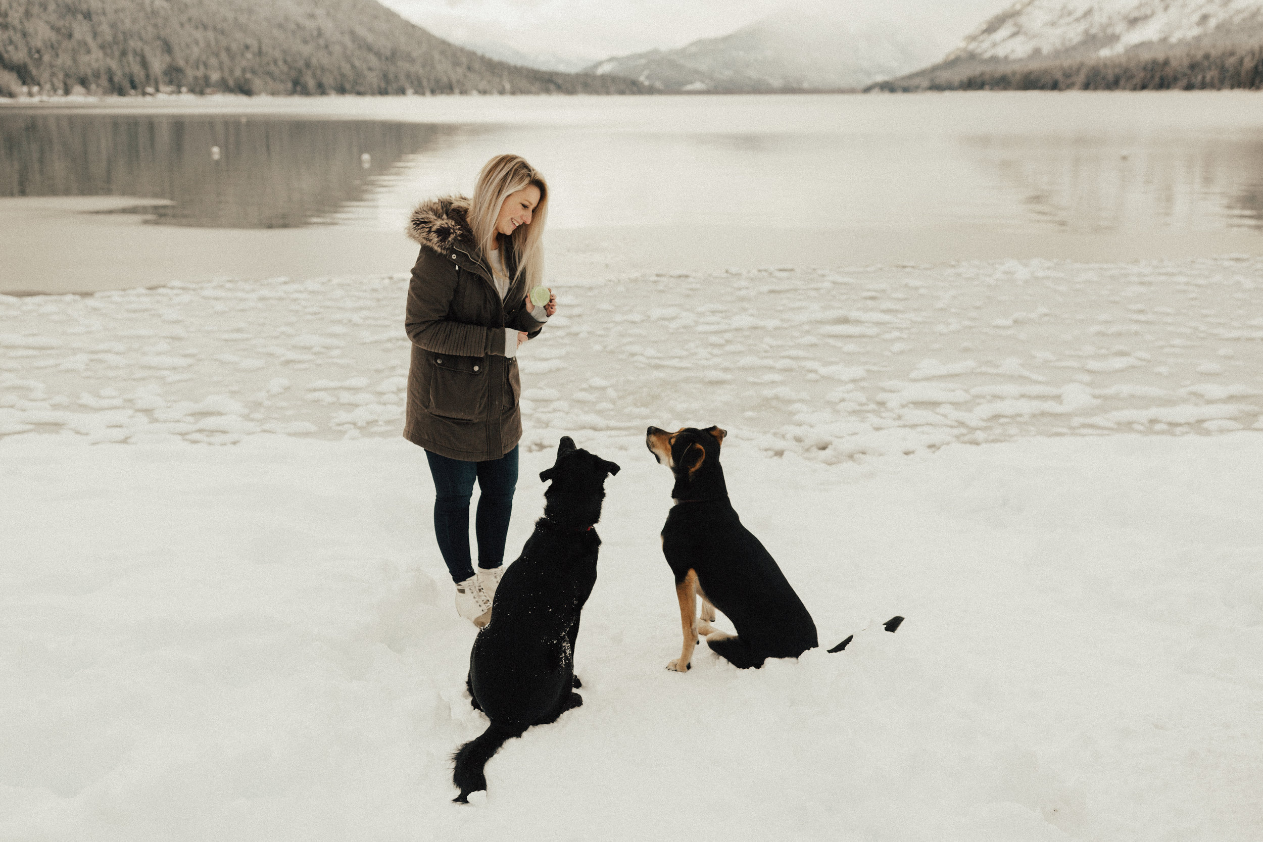 Lake-Wenatchee-Engagement07.jpg