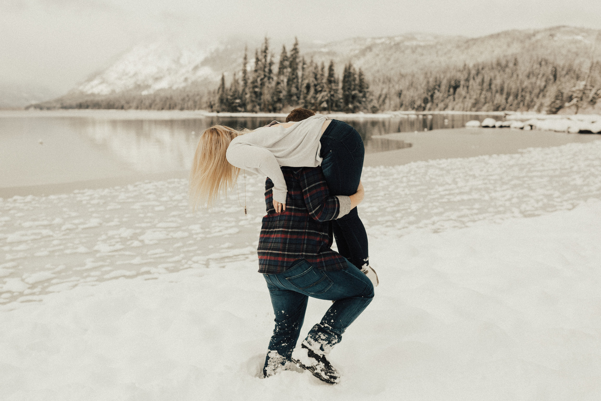 Lake-Wenatchee-Engagement23.jpg