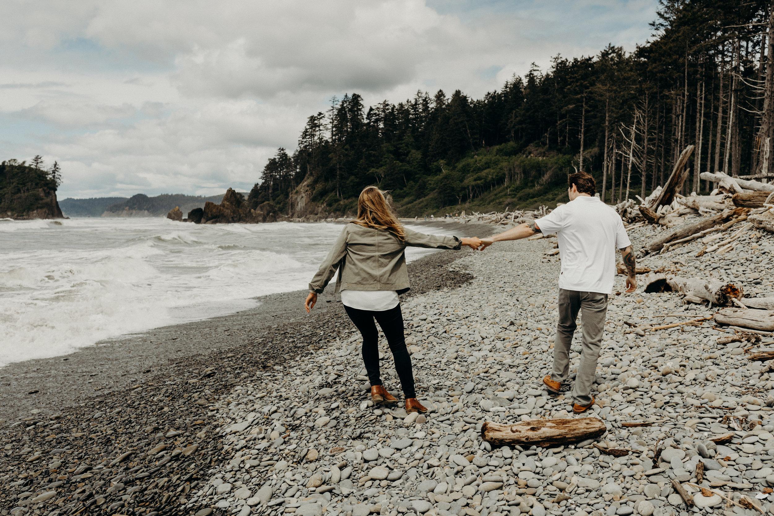 Ruby-Beach-Engagement-Washington-Second-Beach05.jpg