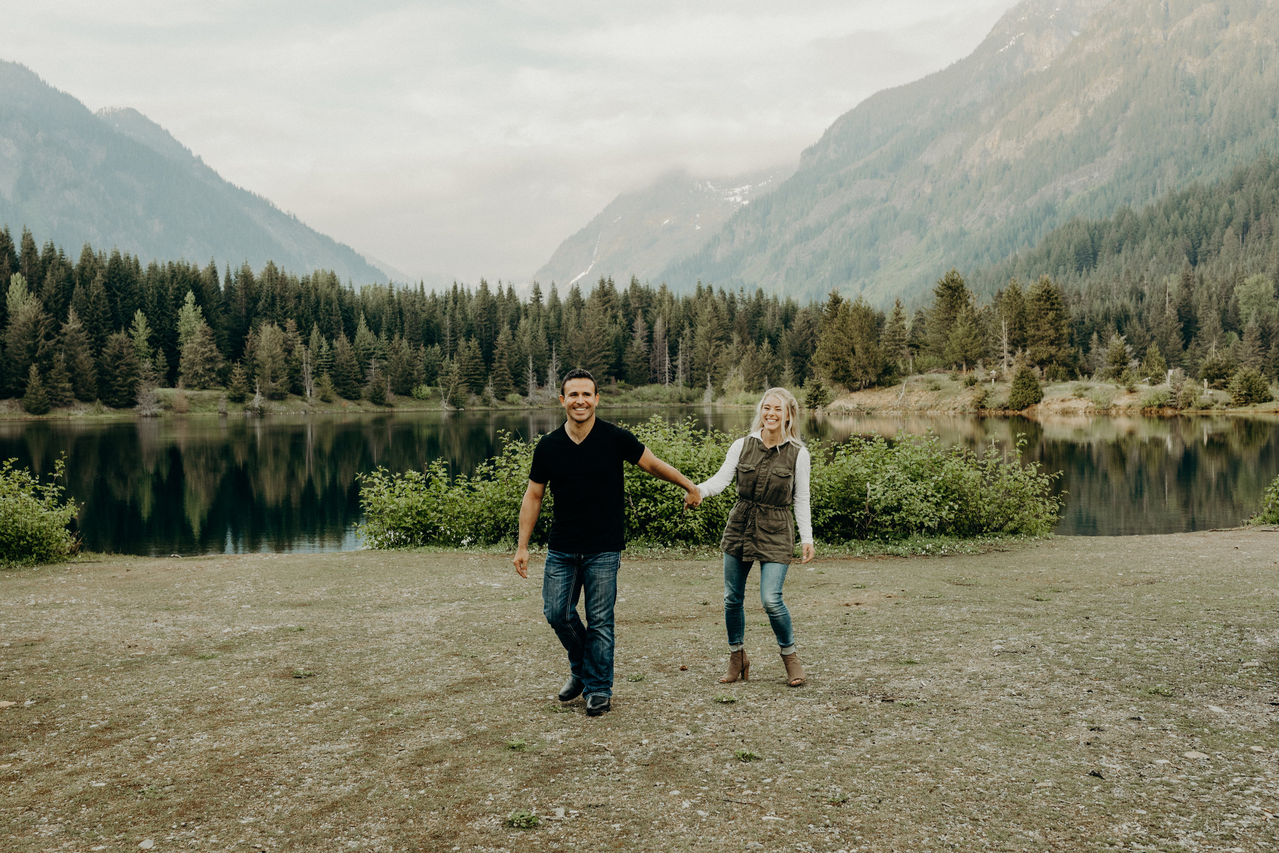 Snoqualmie-Engagement-Gold-Creek-Pond01.jpg