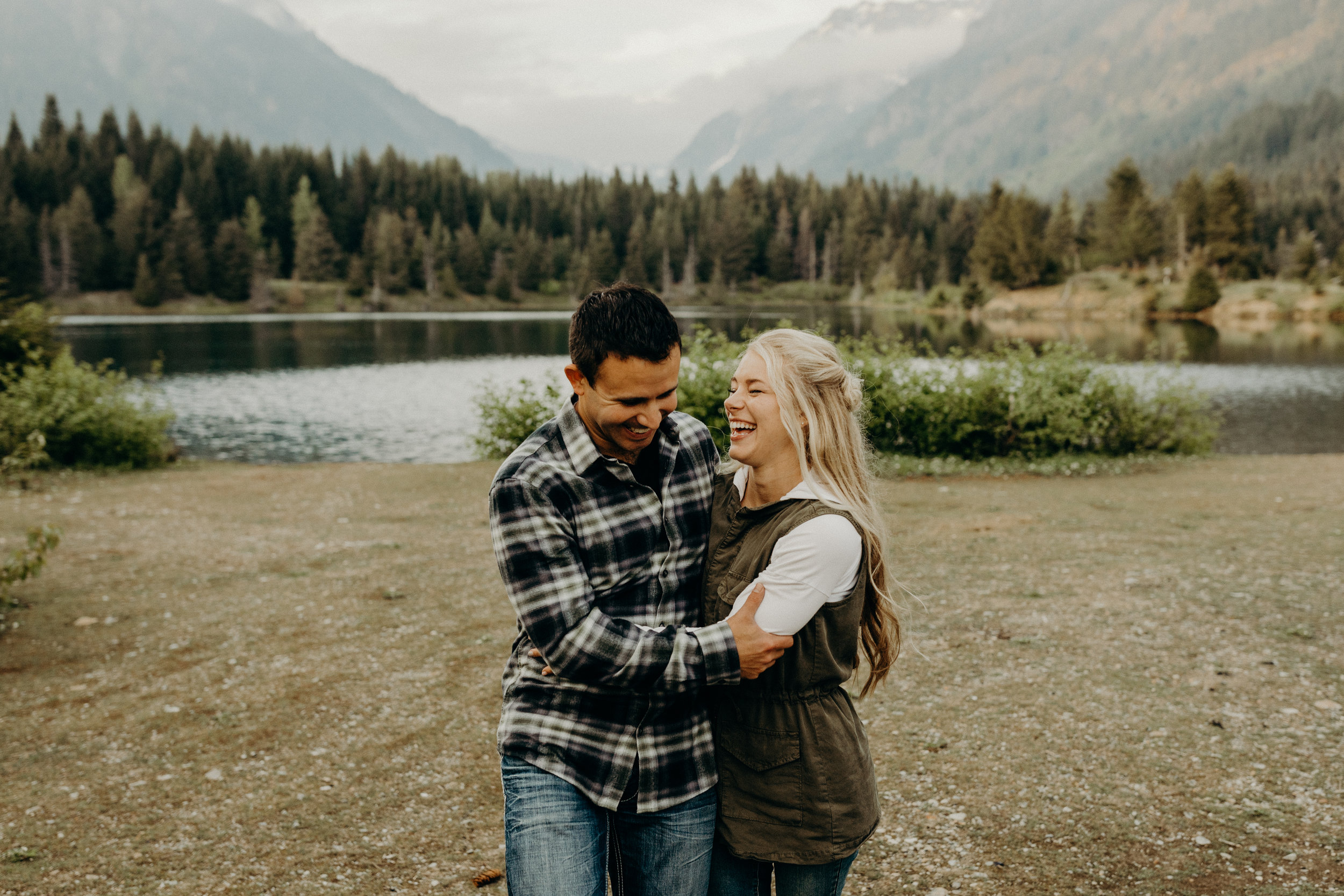 Snoqualmie-Engagement-Gold-Creek-Pond17.jpg