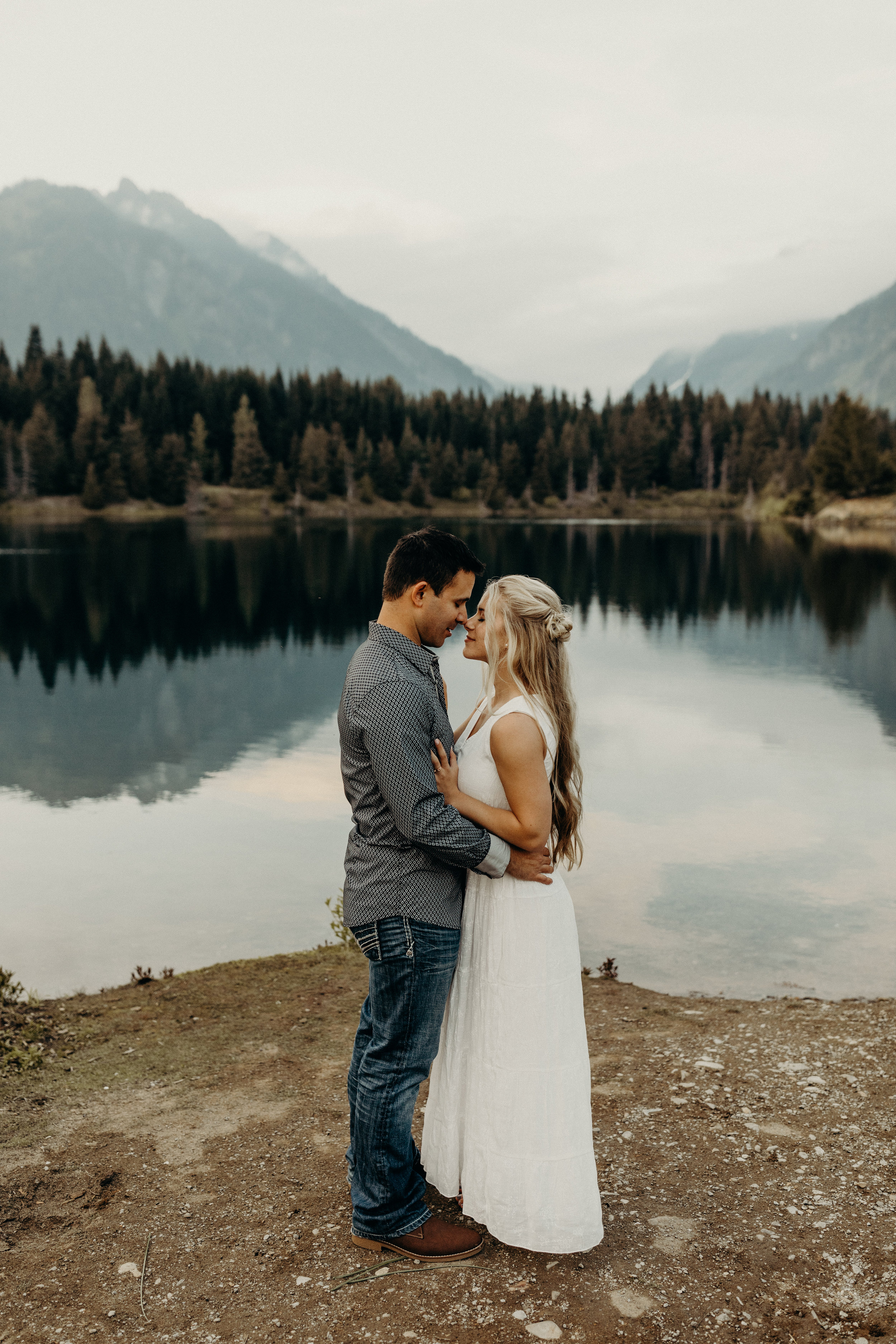 Snoqualmie-Engagement-Gold-Creek-Pond19.jpg