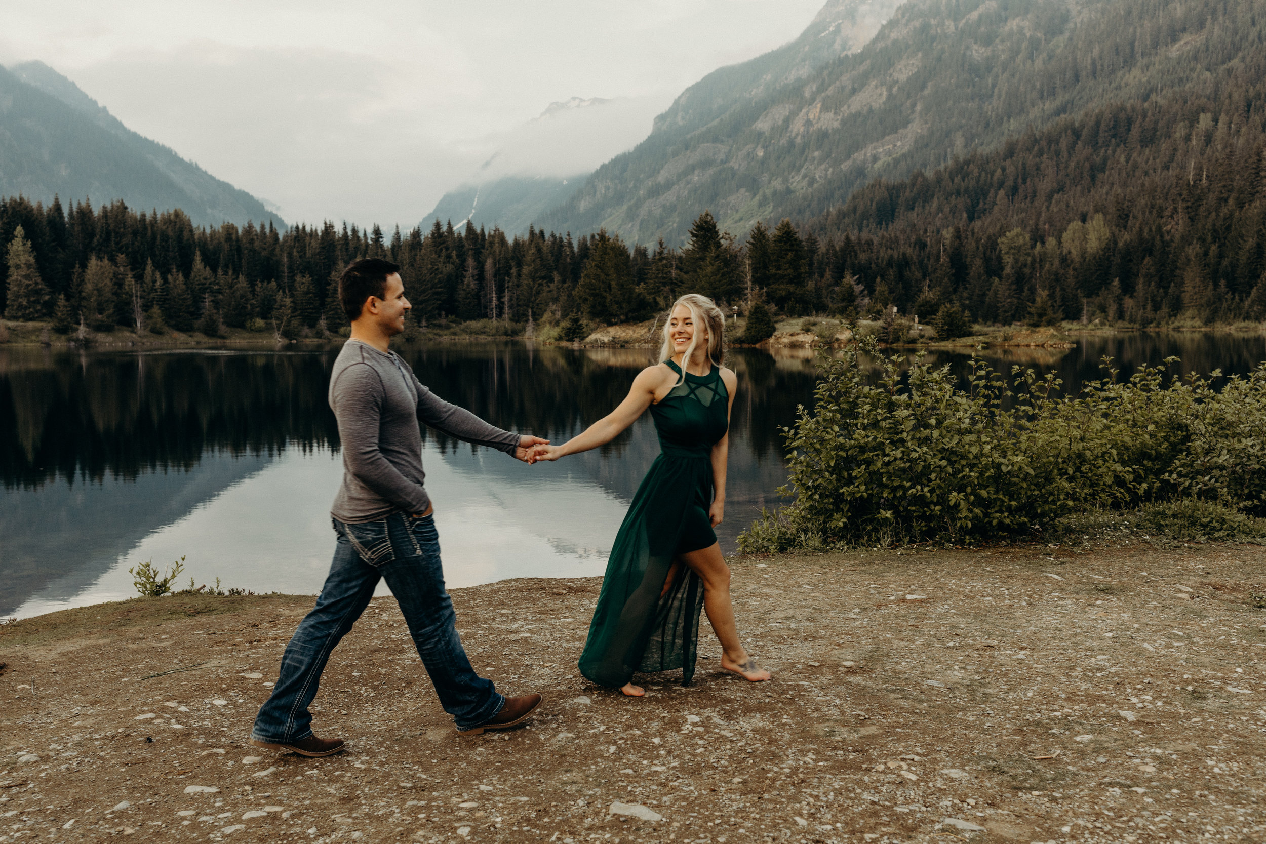 Snoqualmie-Engagement-Gold-Creek-Pond18.jpg