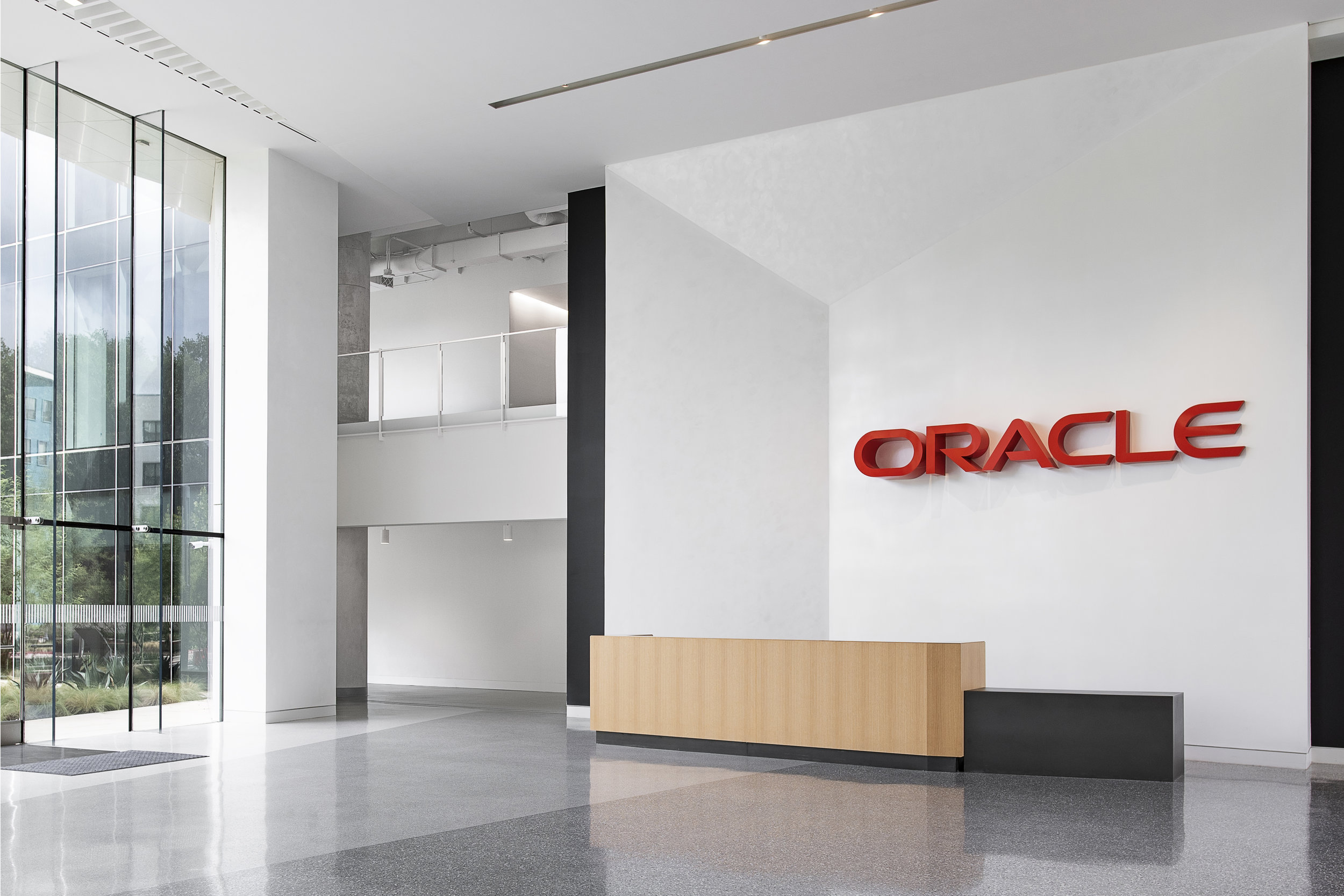 AsteriskGroup_Oracle_Signage_Logo_01.jpg