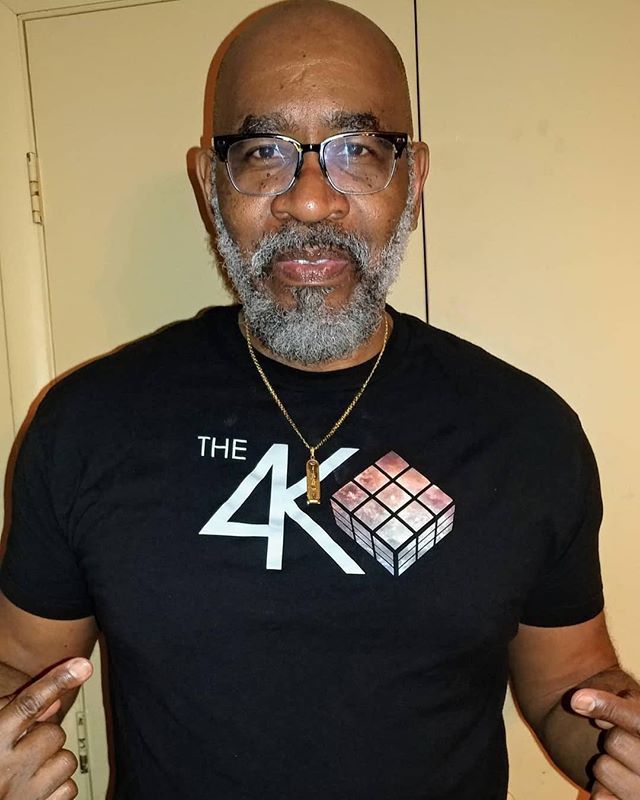 #Repost @mrparkersmusic ⚡️ ・・・ Chilling with my new fav groups t-shirt today. @the4korners Check these guys out. Very innovative. My favorite word. #RESPECT KINGS❗ ・・・ #The4Korners #PlayWithPurpose #JourneyMusic #PortalOfGold #ItsAllGod #Tshirt