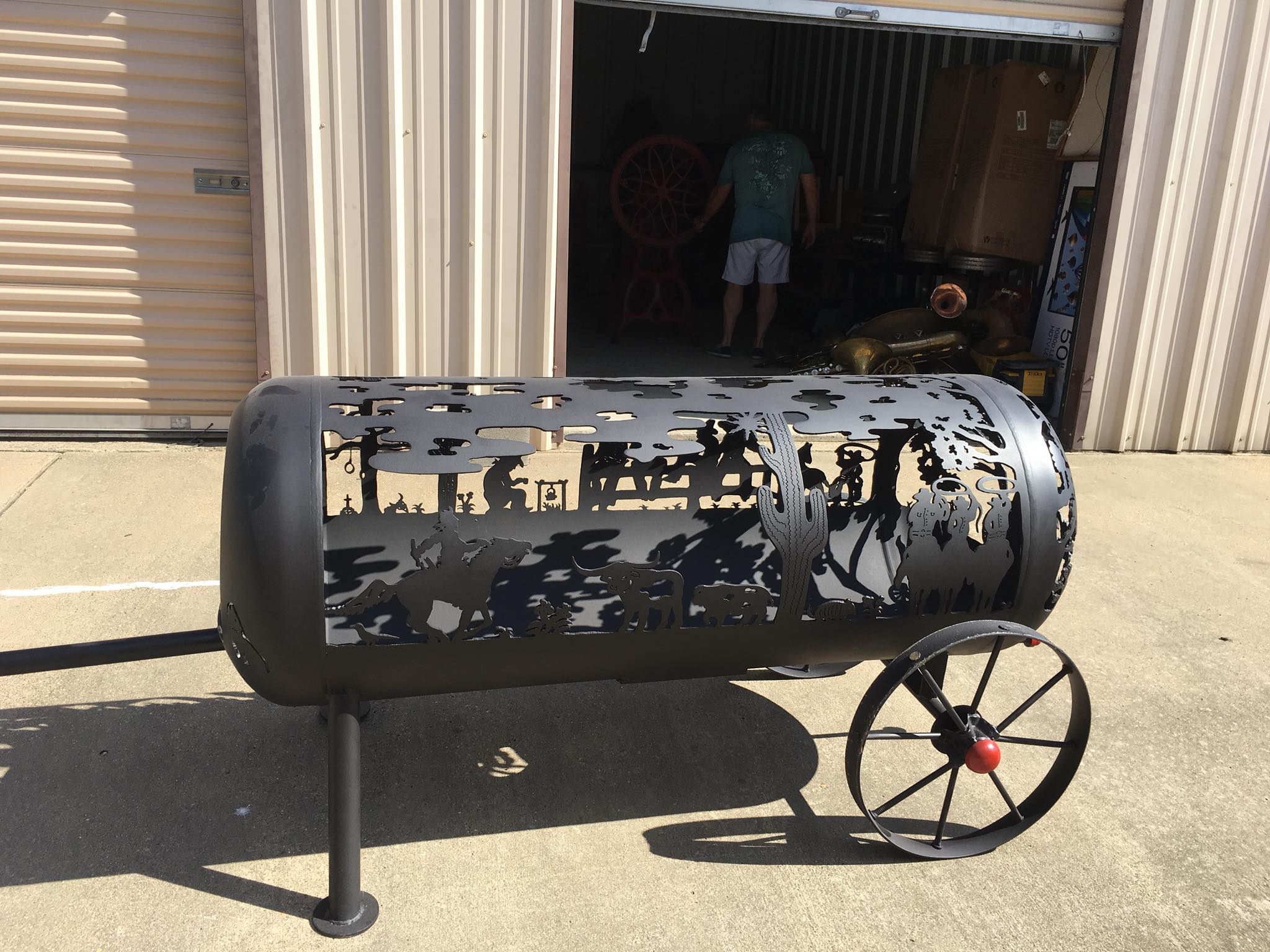 Western Themed Fire Pit  Built by Jerry Green  Painted by Rameriz Collision