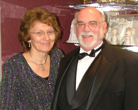 Owners, Roz and Dale Gordon
