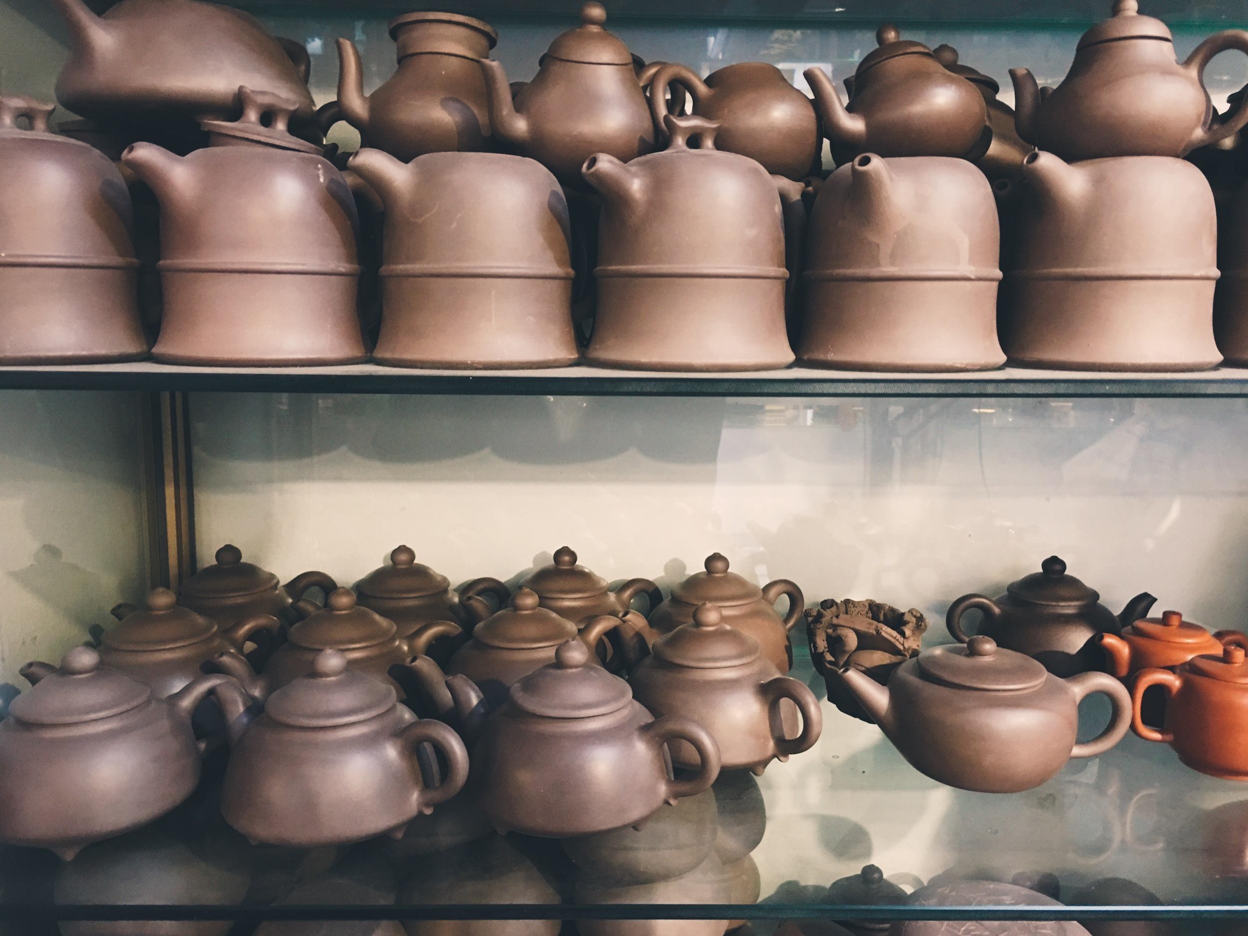 purple_clay_teapots_yixing_zisha_teaset_original_handmade_Chinese_tea_gongfu_traditional