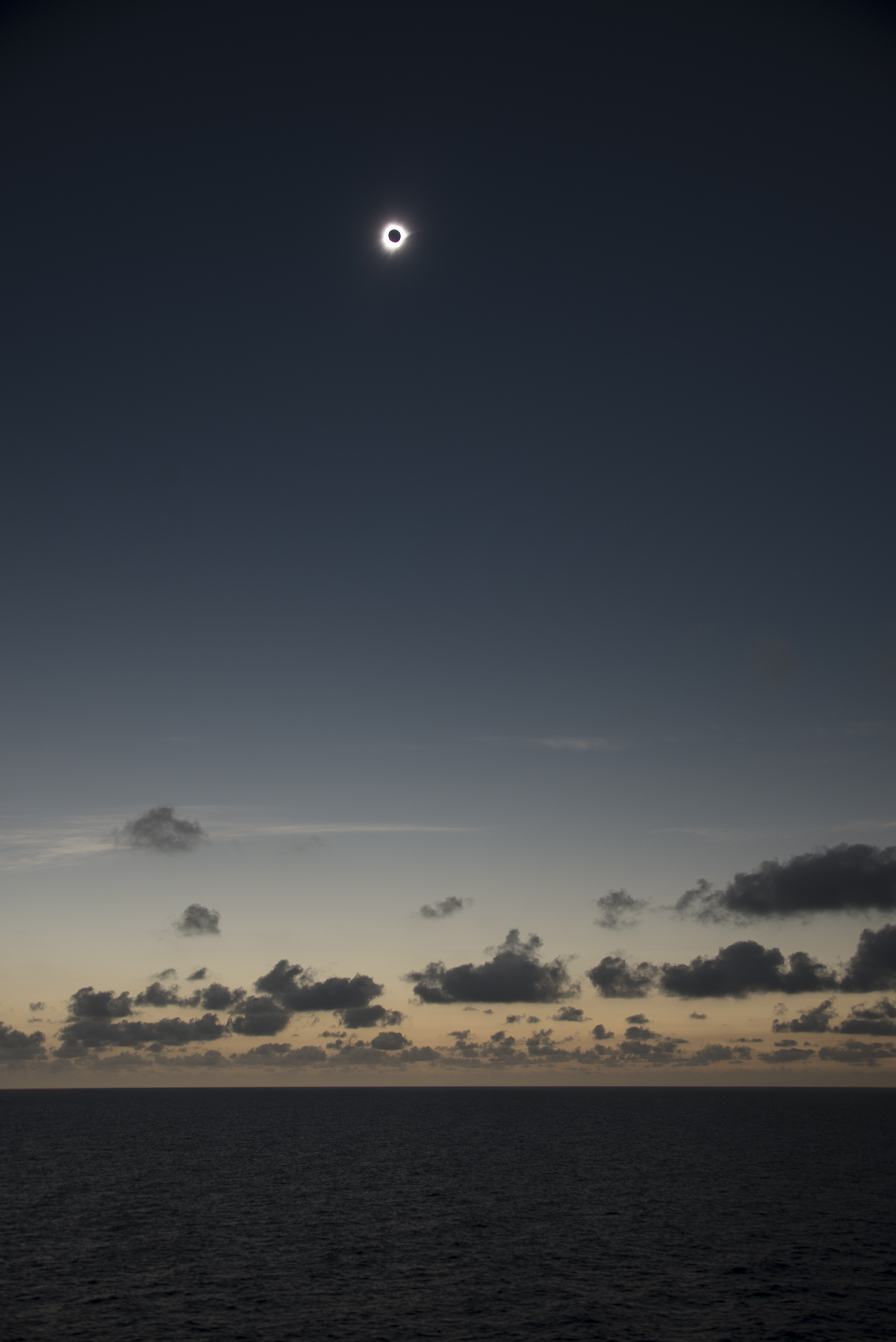 Wide angle view of the eclipse by Michael Zeiler